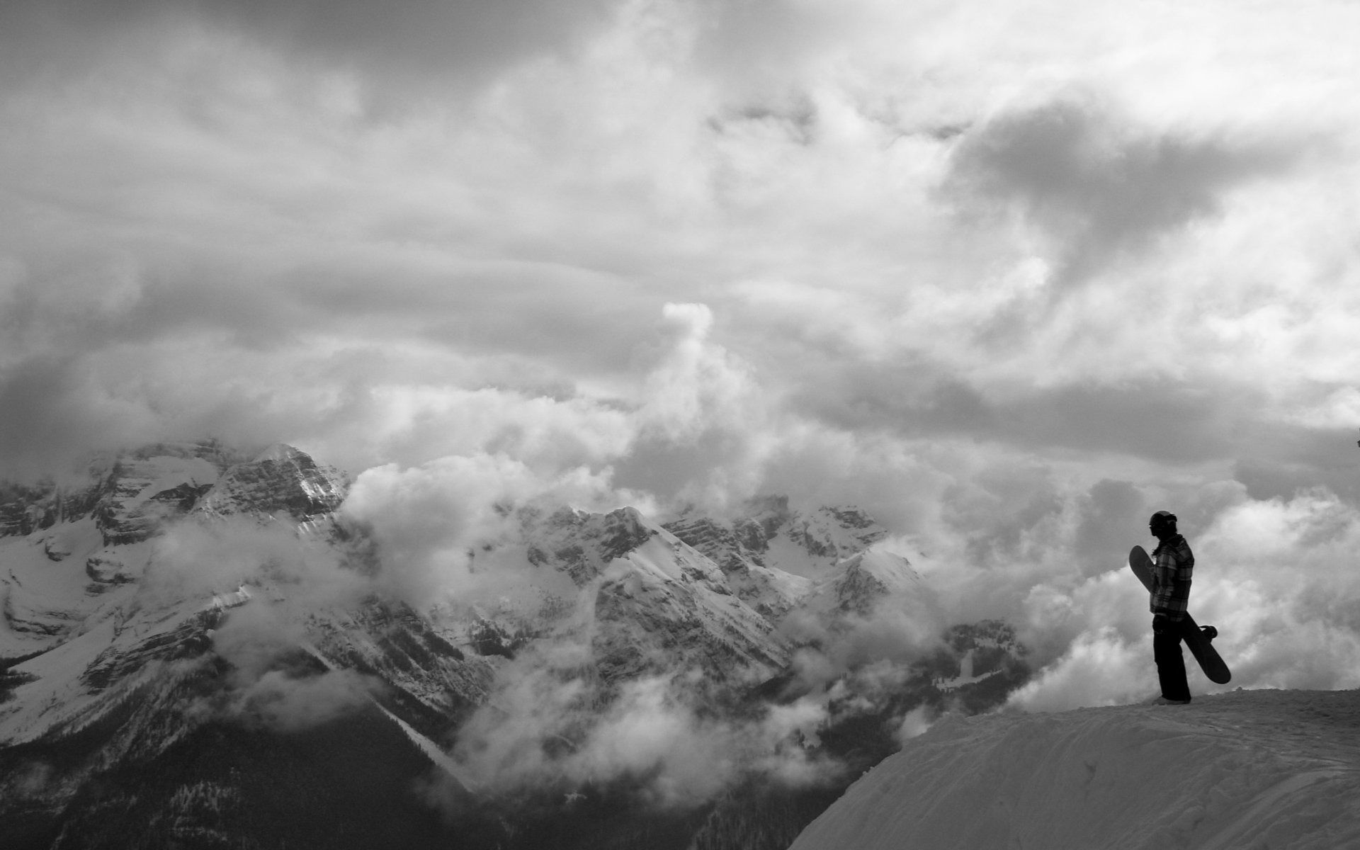 73826 download wallpaper Sports, Mountain, Vertex, Top, Fog, Snowboard, Conquest screensavers and pictures for free