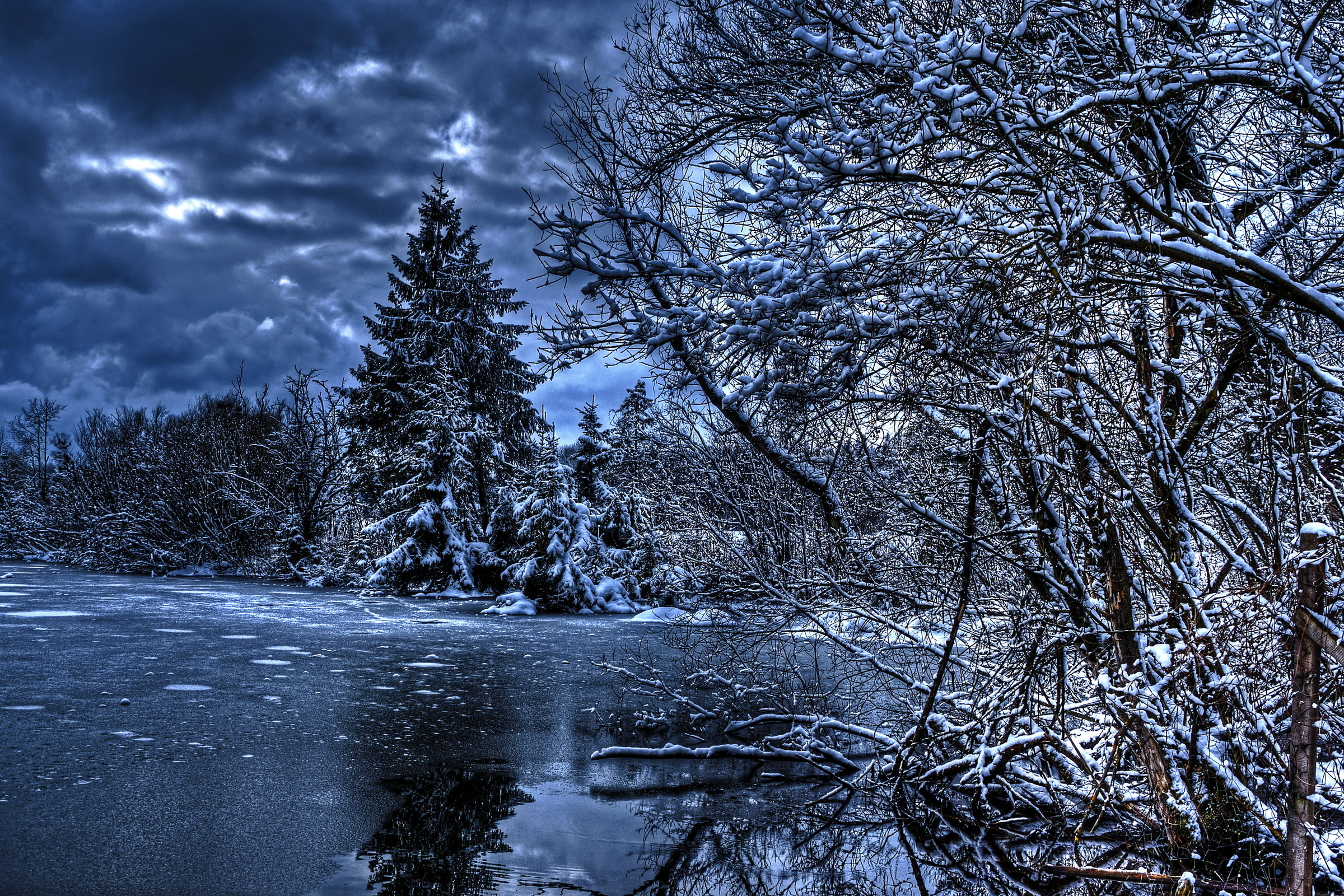 88400 download wallpaper Hdr, Lake, Winter, Nature, Rivers, Trees, Ice, Snow screensavers and pictures for free