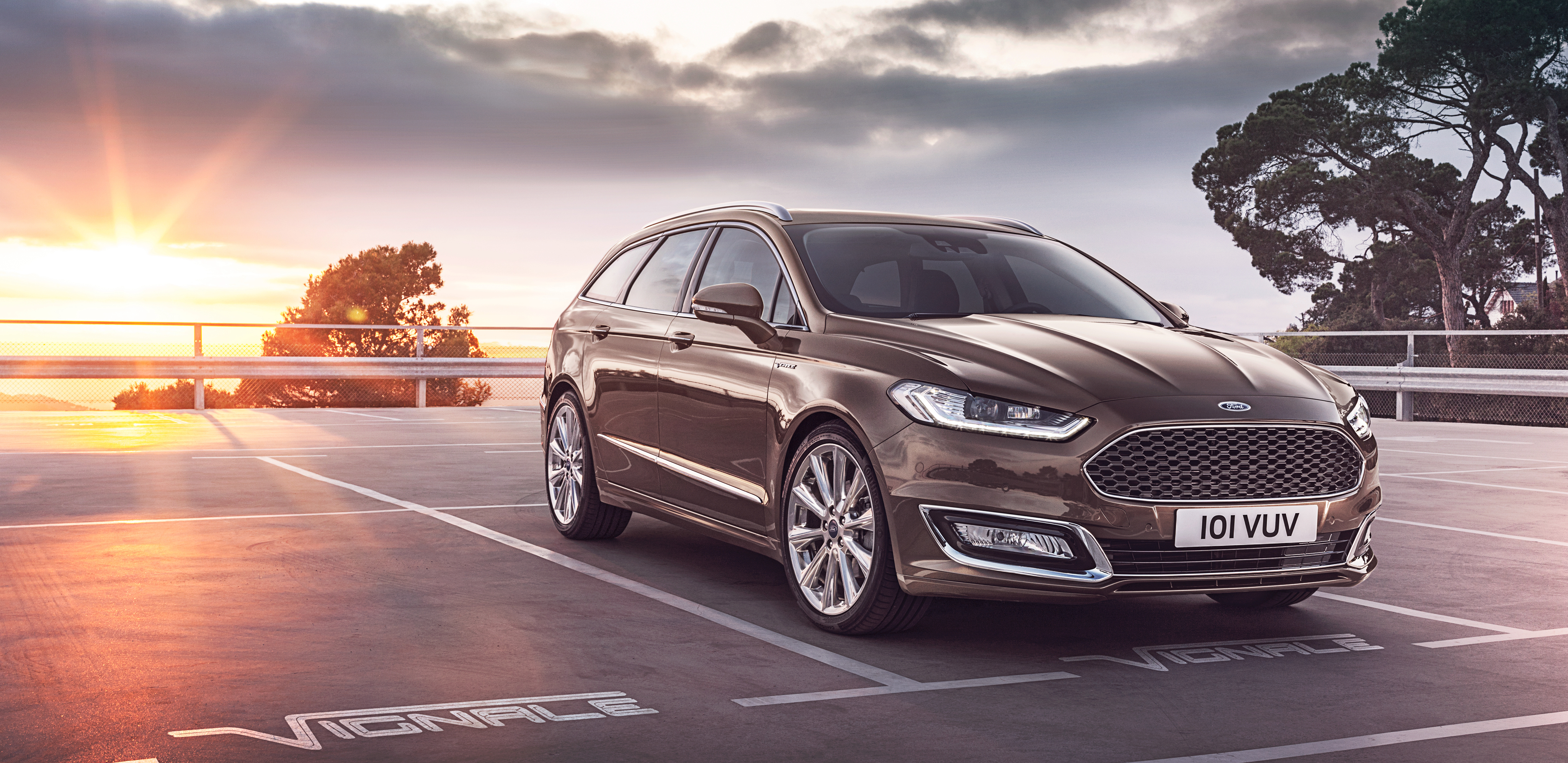 57692 download wallpaper Cars, Ford, Vignale, Mondeo, Turnier, Side View screensavers and pictures for free