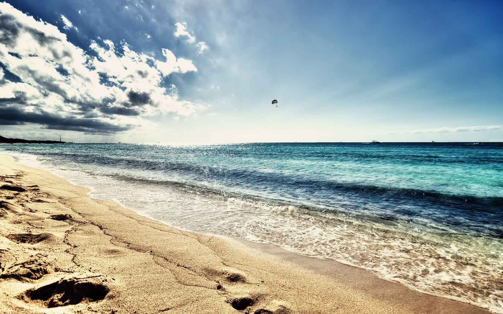 18012 download wallpaper Landscape, Sky, Sea, Clouds, Beach screensavers and pictures for free