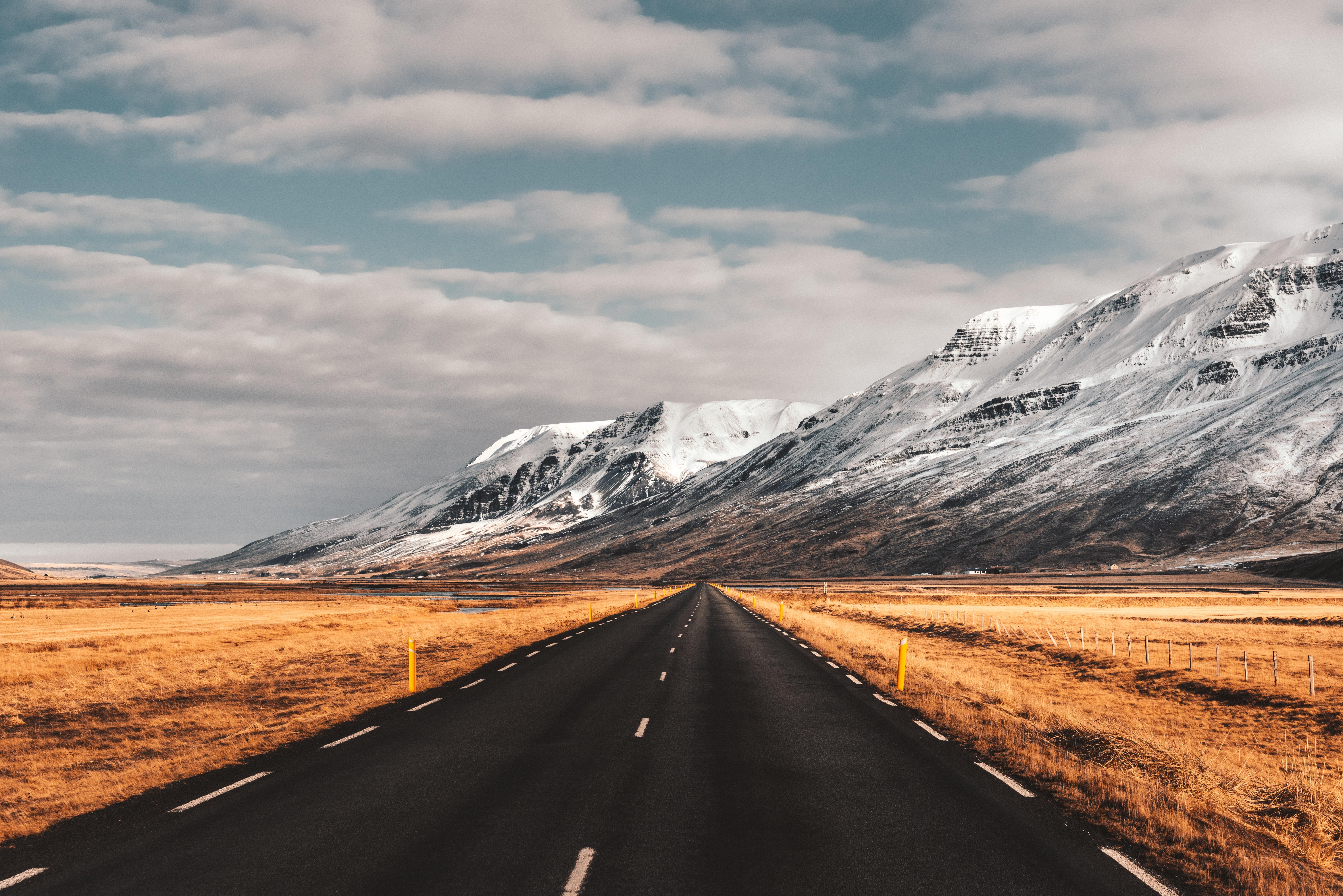 119752 descargar fondo de pantalla Camino, Naturaleza, Montañas, Margen, Asfalto, Islandia: protectores de pantalla e imágenes gratis