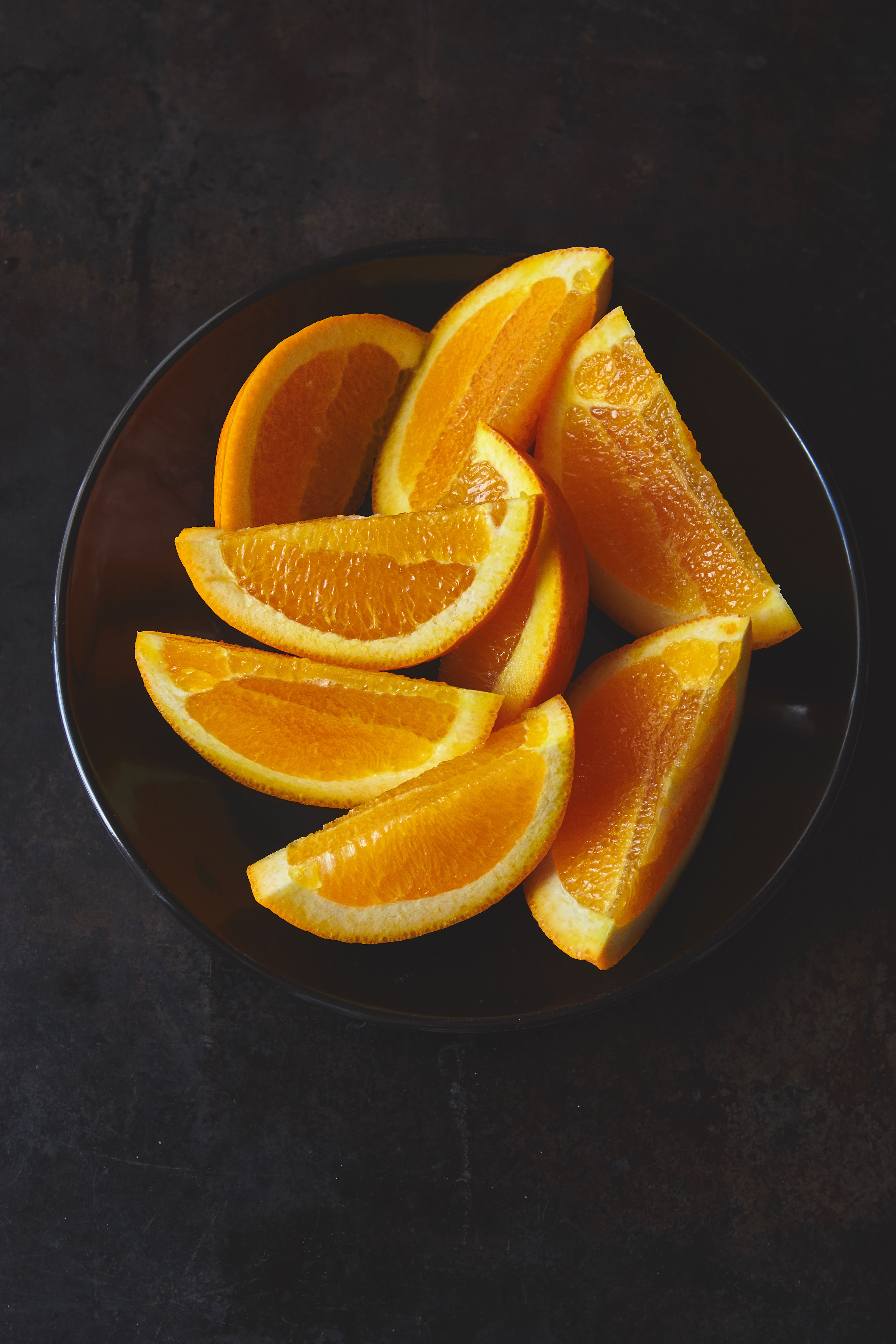 135029 download wallpaper Food, Plate, Fruit, Citrus, Lobules, Slices screensavers and pictures for free