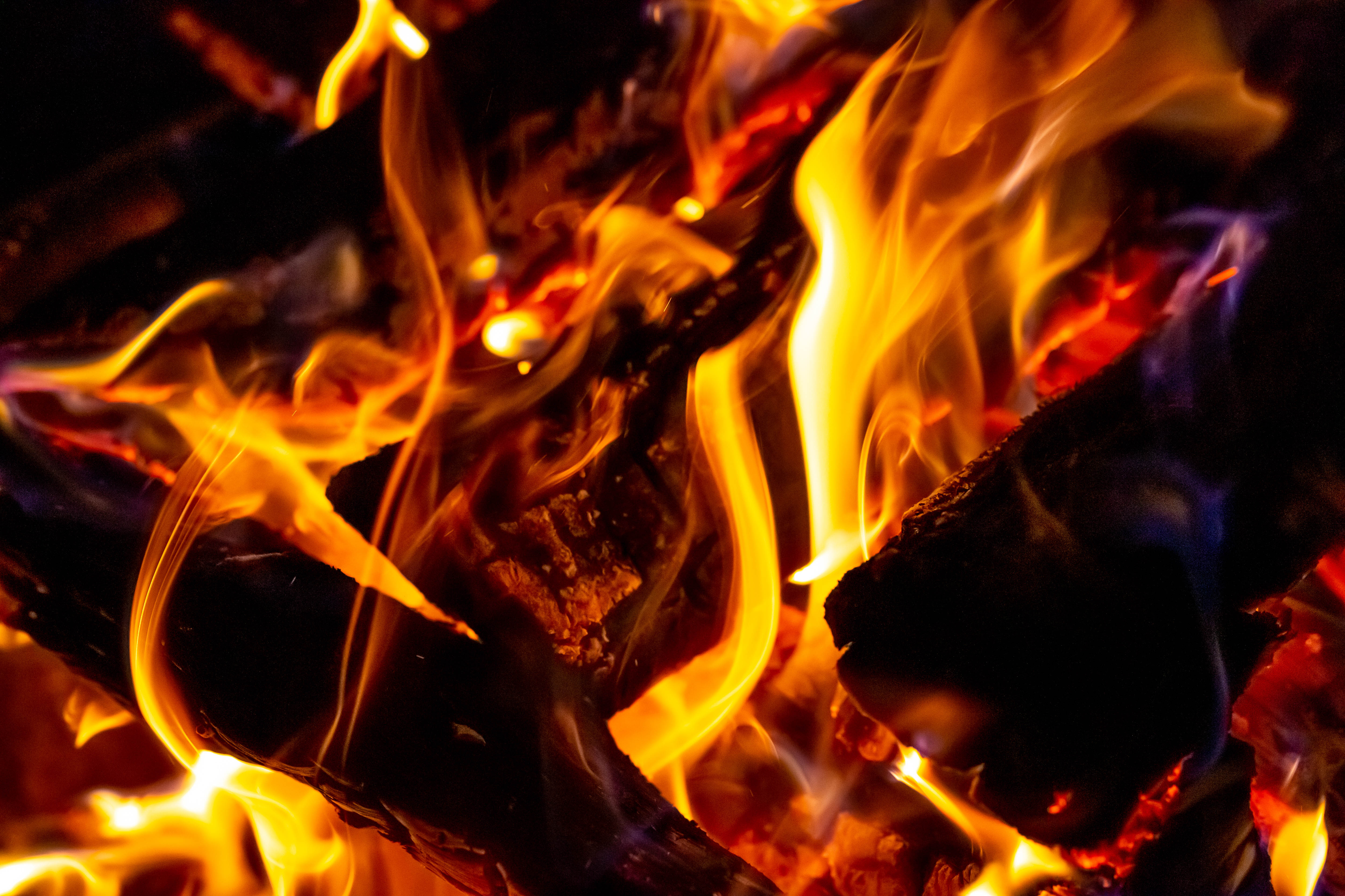 51133 Screensavers and Wallpapers Firewood for phone. Download Fire, Bonfire, Miscellanea, Miscellaneous, Firewood, Blazing, Flaming pictures for free