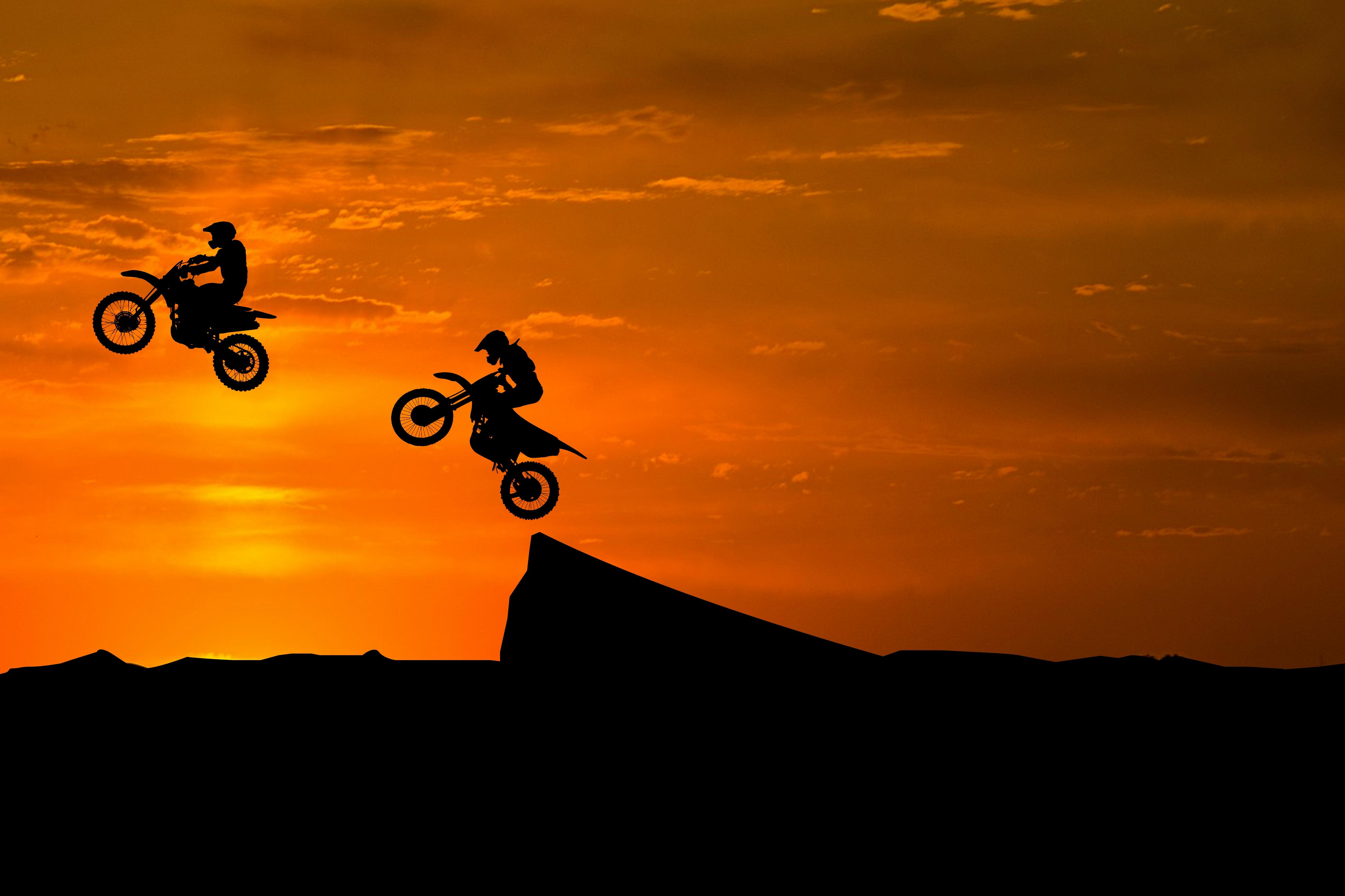 89499 скачать обои Мотоциклы, Мотоциклист, Силуэты, Трюк, Возвышенность - заставки и картинки бесплатно