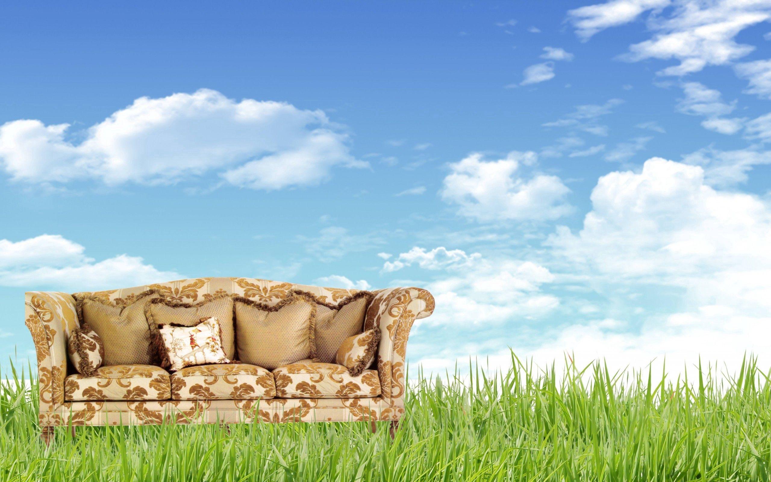 104434 скачать обои Разное, Диван, Трава, Природа, Мебель - заставки и картинки бесплатно