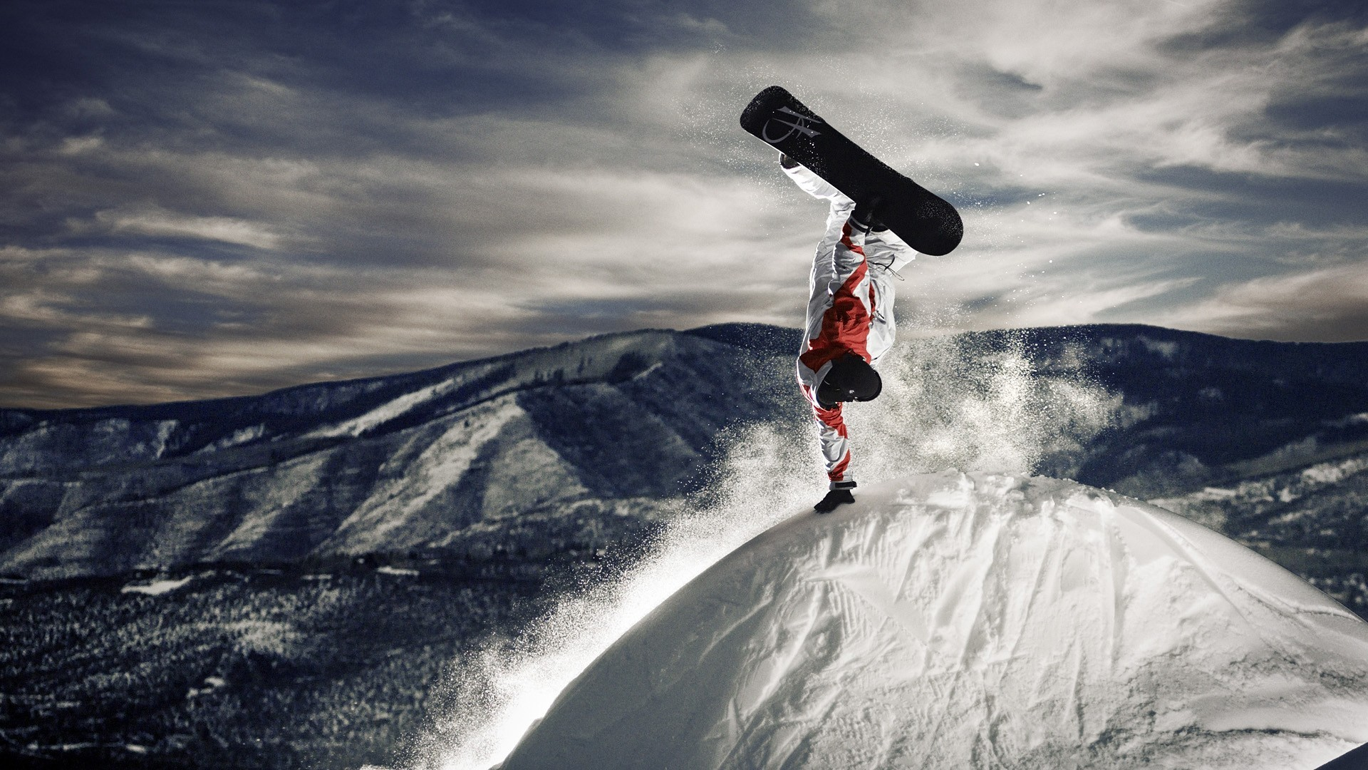 37482 download wallpaper Sports, Snowboarding screensavers and pictures for free