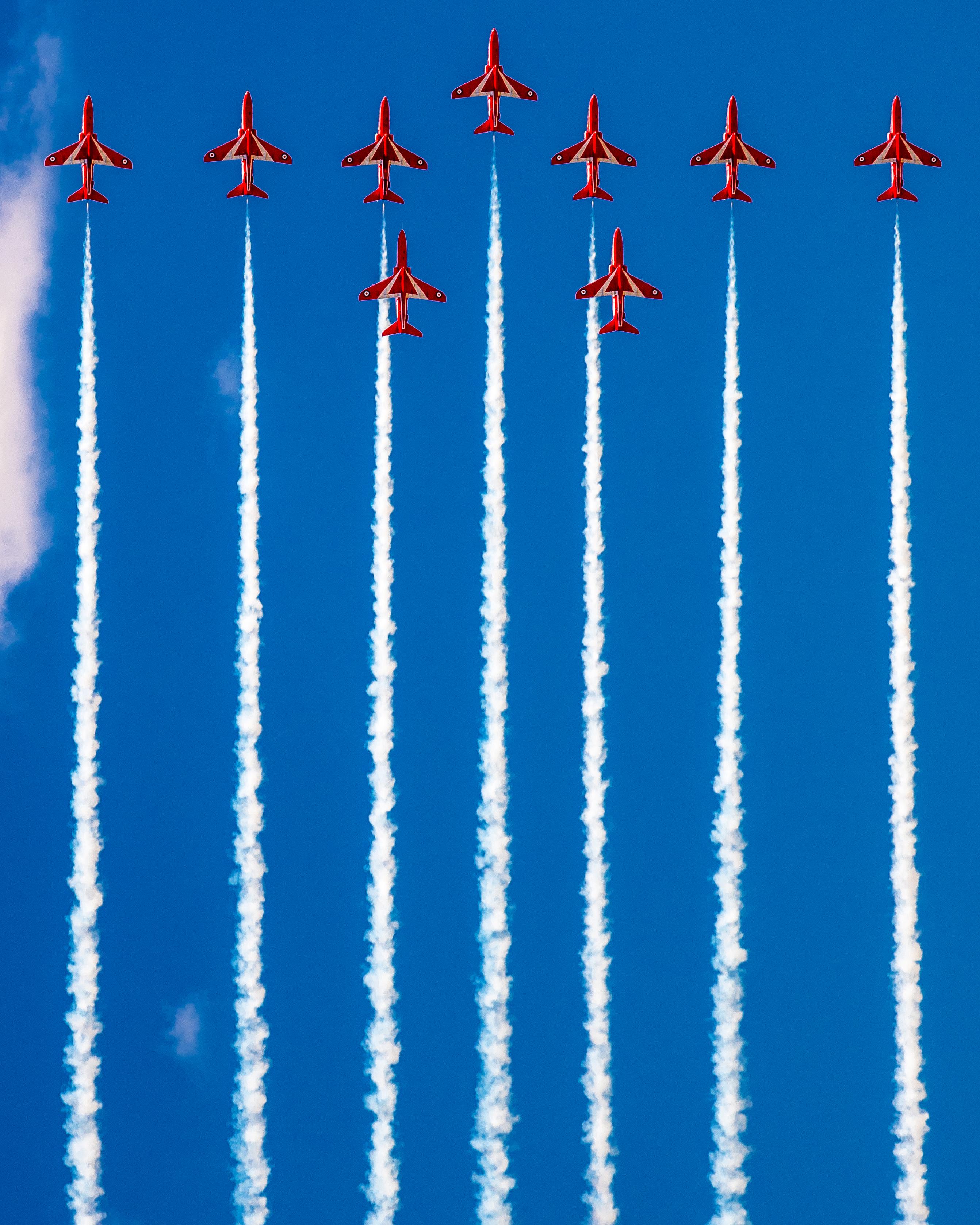 54613 Hintergrundbild herunterladen Sky, Raucher, Flugzeuge, Verschiedenes, Sonstige, Flug, Spuren - Bildschirmschoner und Bilder kostenlos
