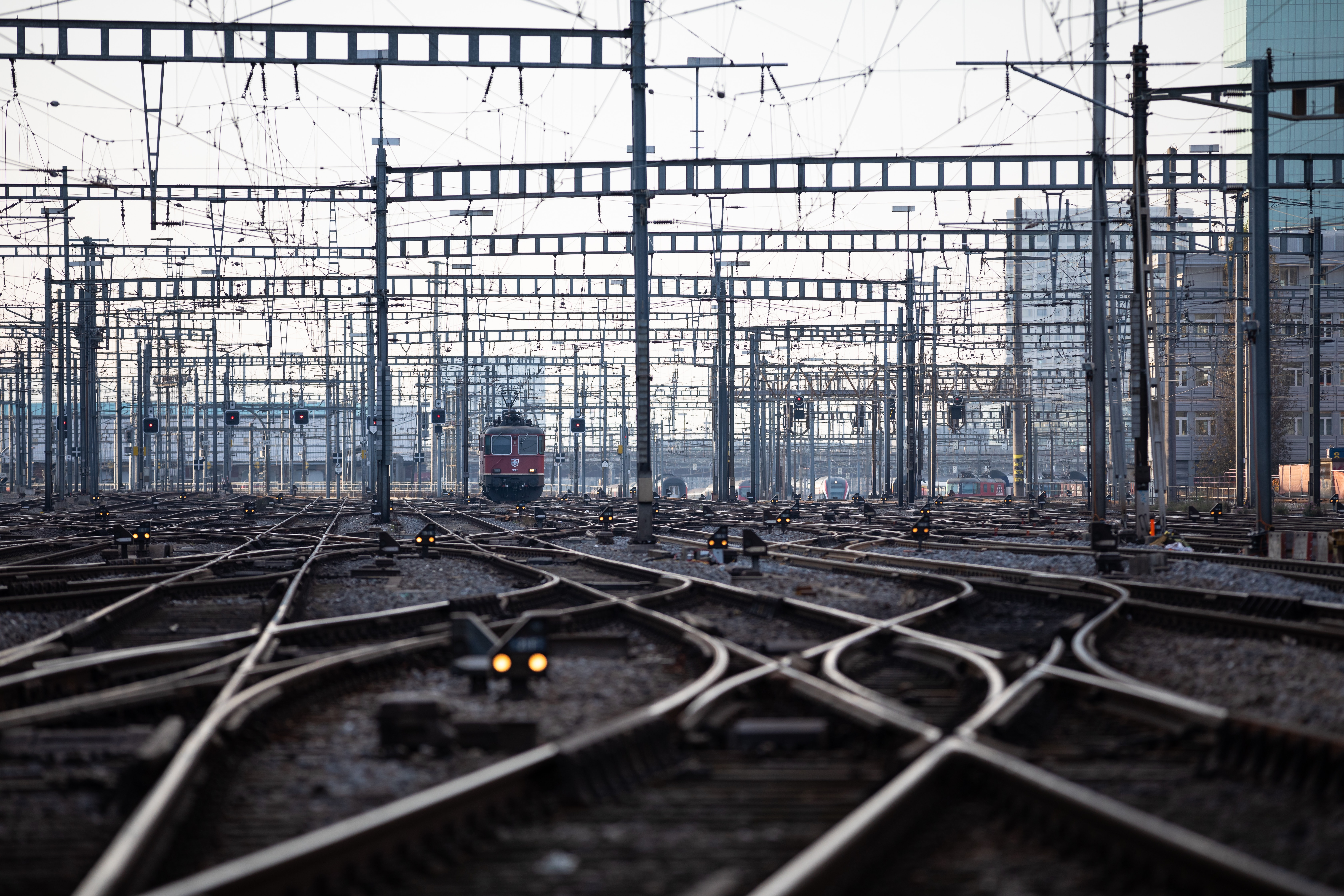 82591 Screensavers and Wallpapers Train for phone. Download Miscellanea, Miscellaneous, Railway, Station, Direction, Rails, Train pictures for free