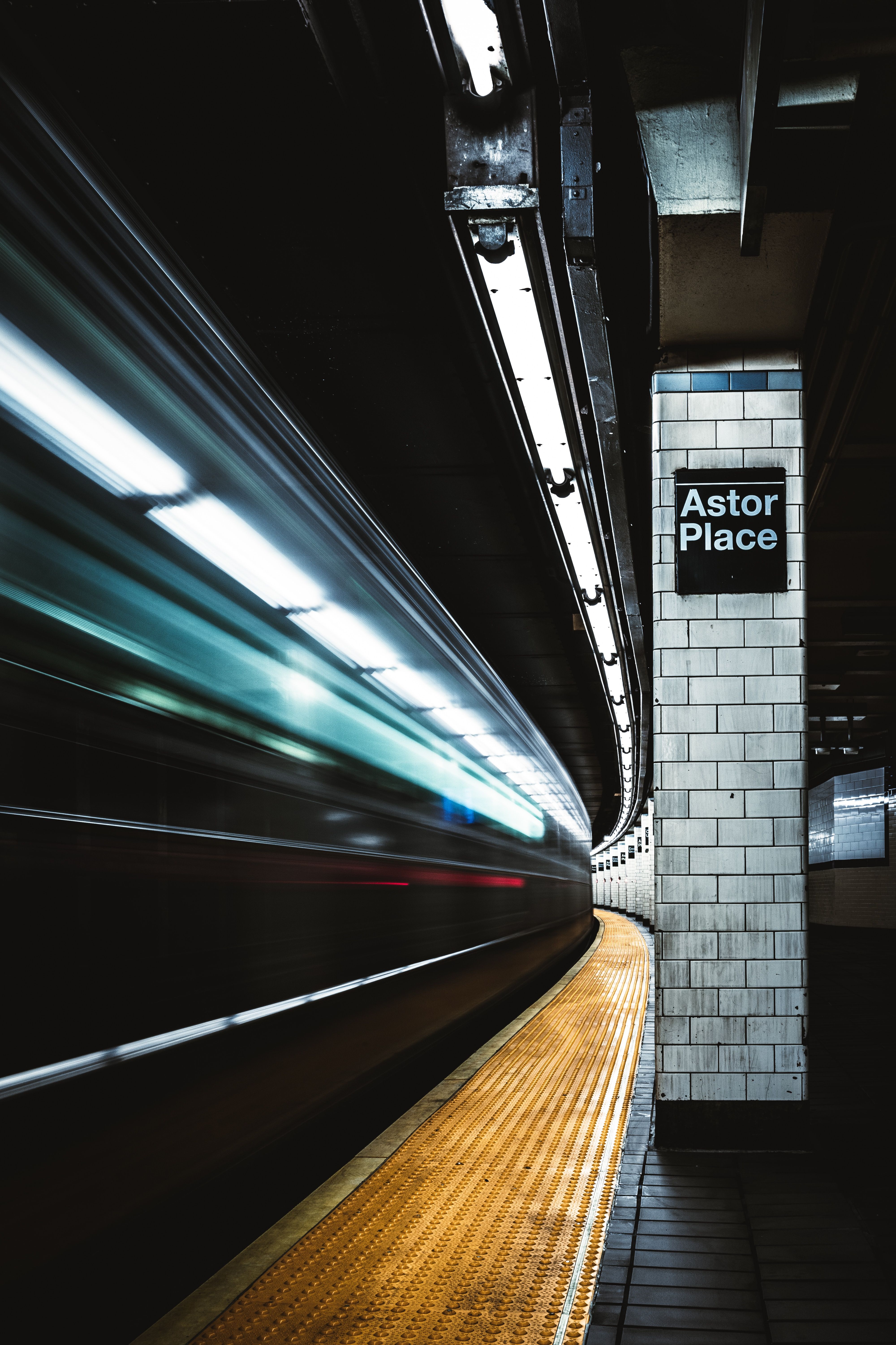 63142 Screensavers and Wallpapers Metro for phone. Download Shine, Light, Miscellanea, Miscellaneous, Traffic, Movement, Long Exposure, Station, Metro, Subway pictures for free