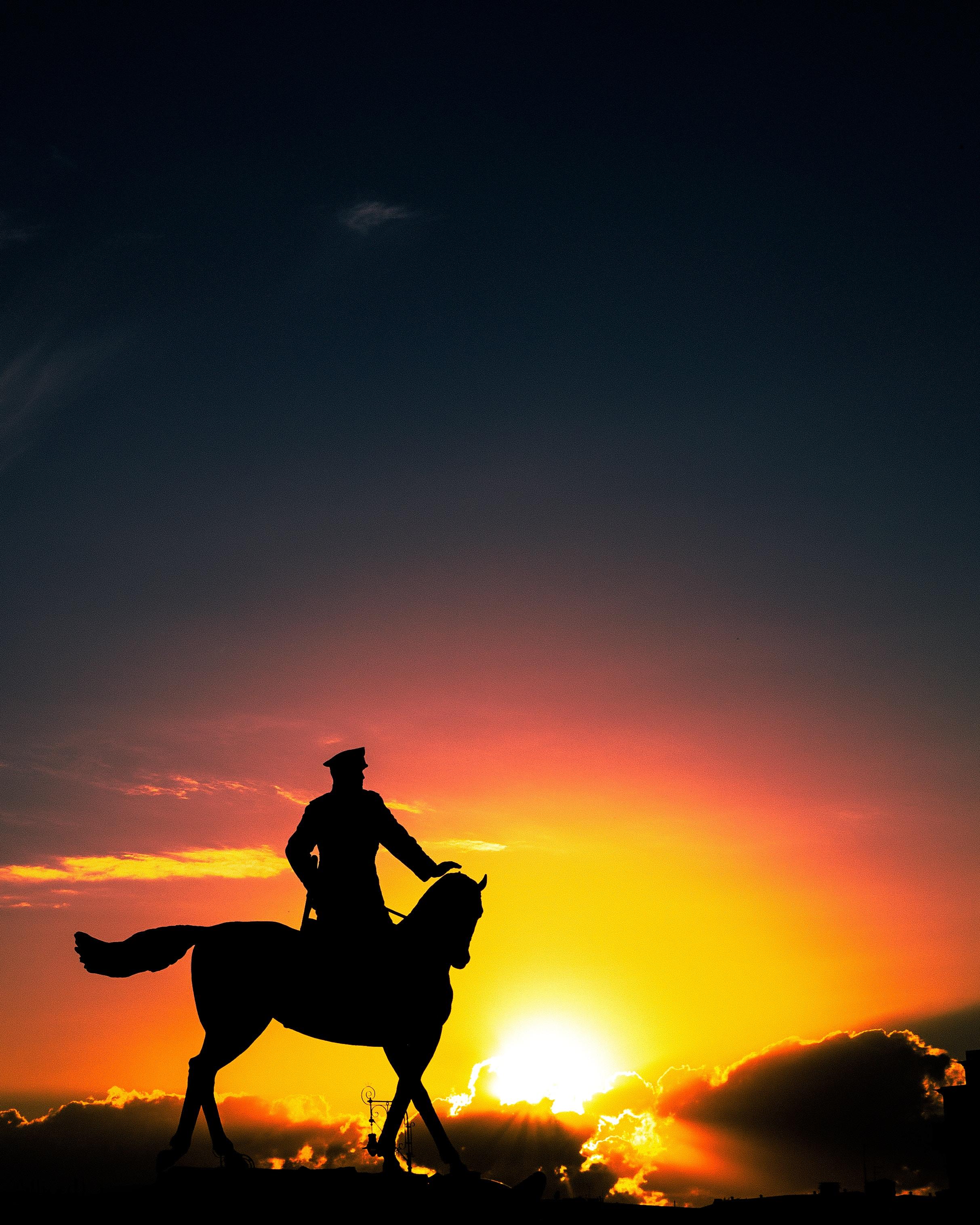 51980 скачать обои Темные, Скульптура, Силуэт, Закат, Наездник, Лошадь, Москва, Россия - заставки и картинки бесплатно