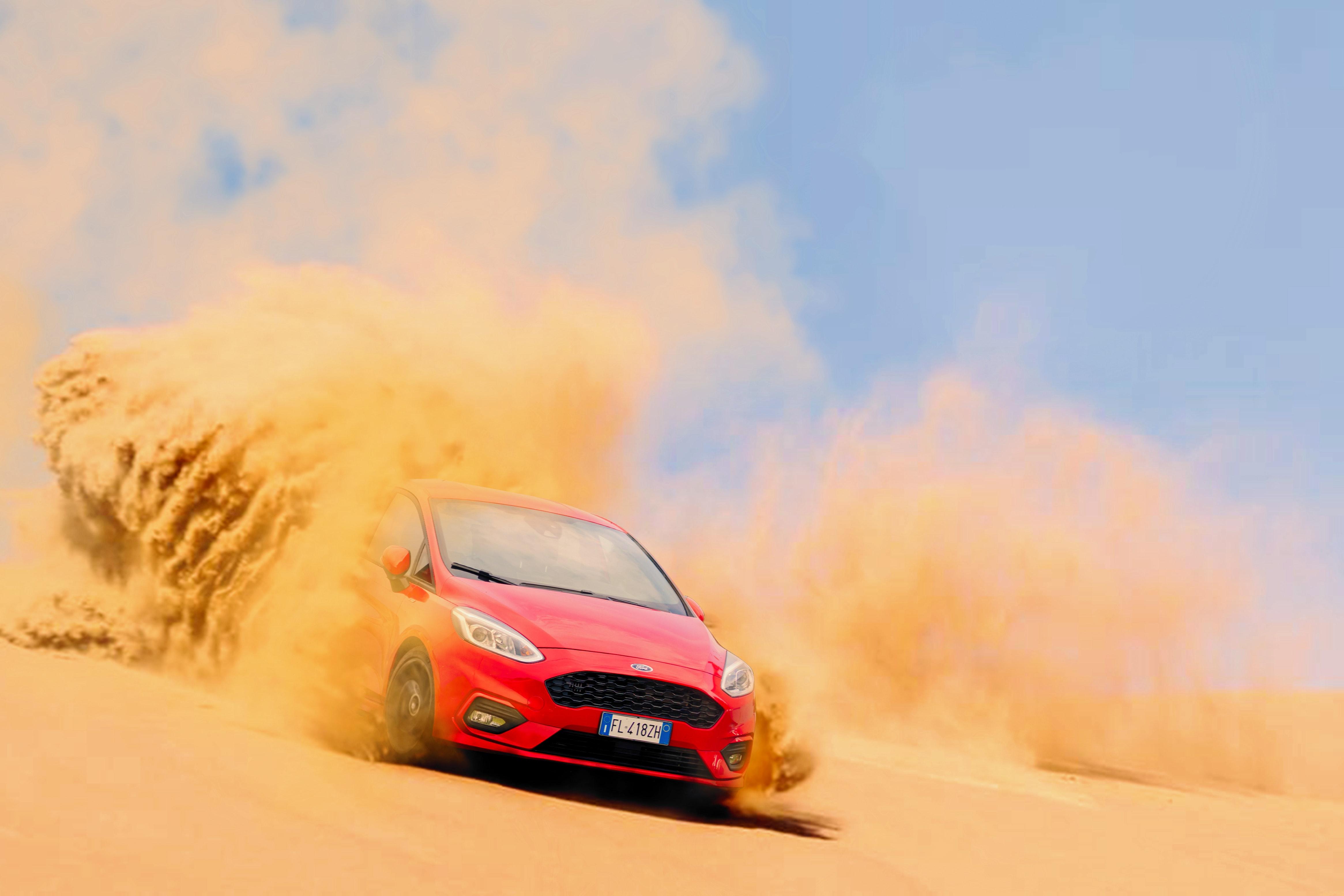 83234 Заставки и Обои Песок на телефон. Скачать Песок, Форд (Ford), Пустыня, Тачки (Cars), Дрифт картинки бесплатно