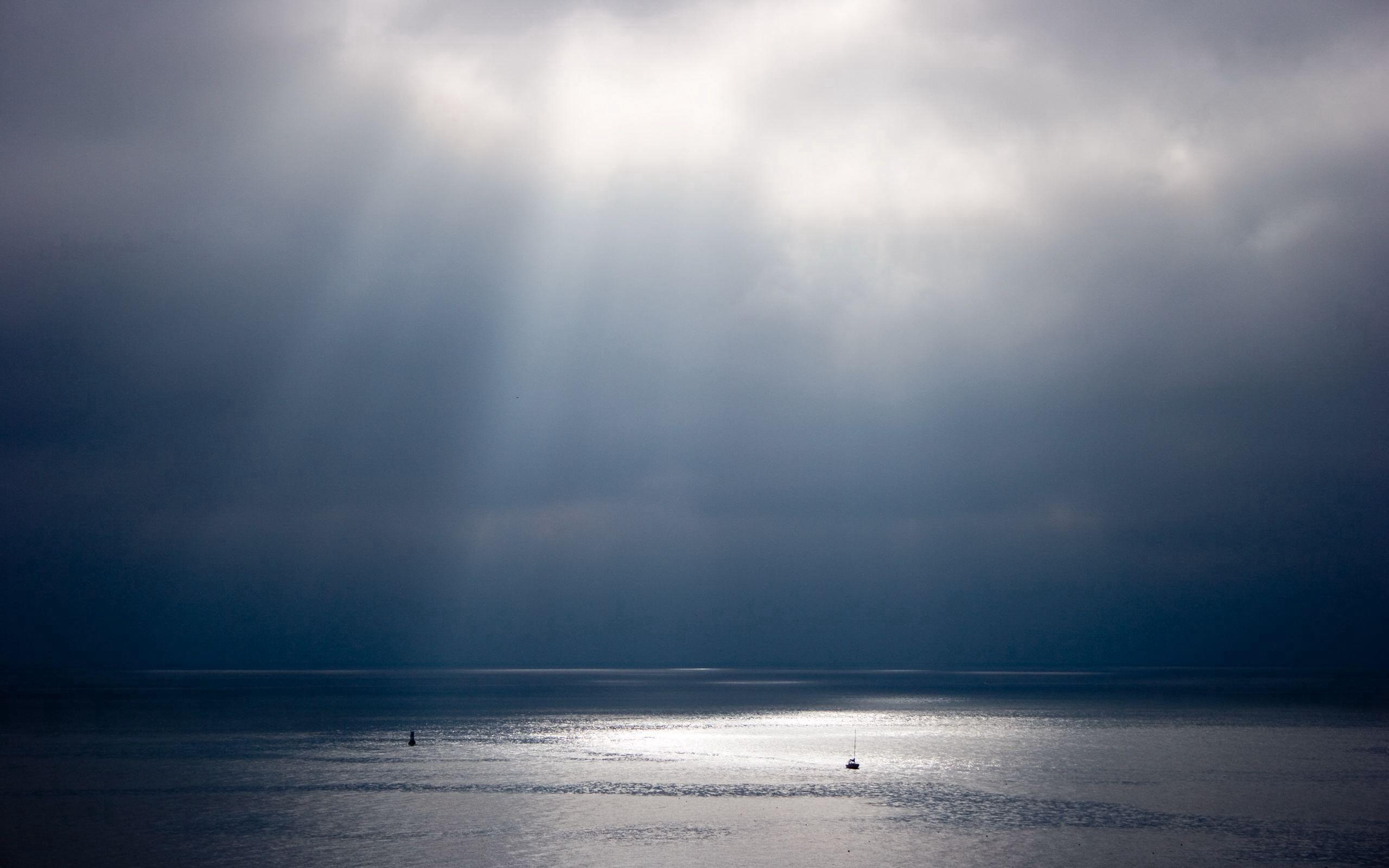 152900壁紙のダウンロード自然, ビーム, 光線, 水, スカイ, 輝き, 輝く, サン-スクリーンセーバーと写真を無料で