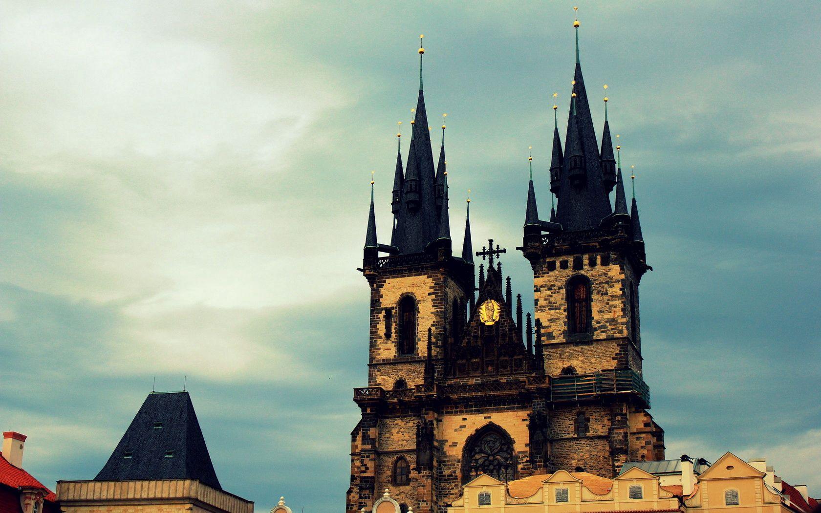76197 Hintergrundbild herunterladen Städte, Sky, Gothic, Stadt, Gebäude, Prag, Gotisch, Tschechien - Bildschirmschoner und Bilder kostenlos