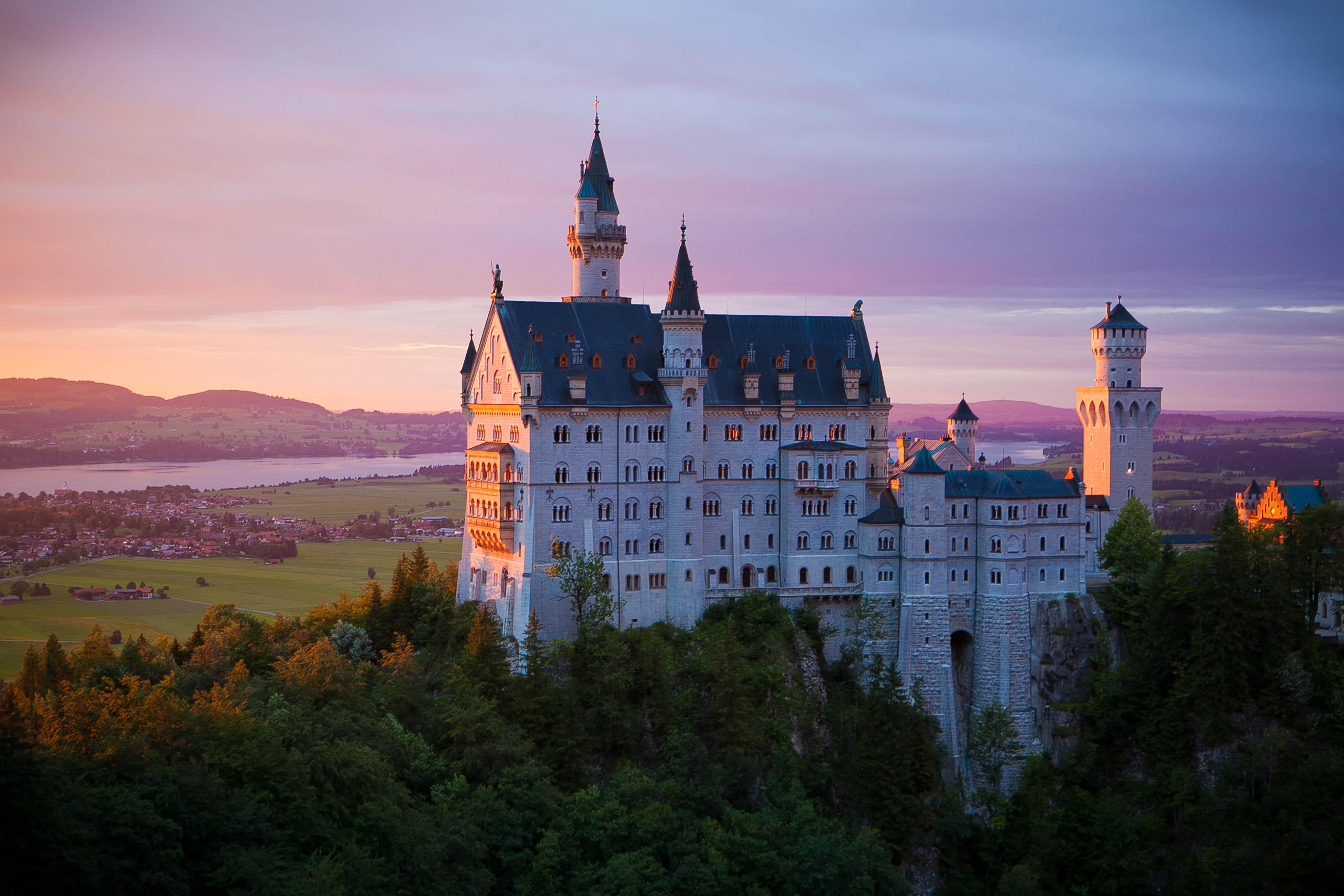 103410 Hintergrundbild herunterladen Architektur, Städte, Sperren, Deutschland, Bayern, Neuschwanstein - Bildschirmschoner und Bilder kostenlos