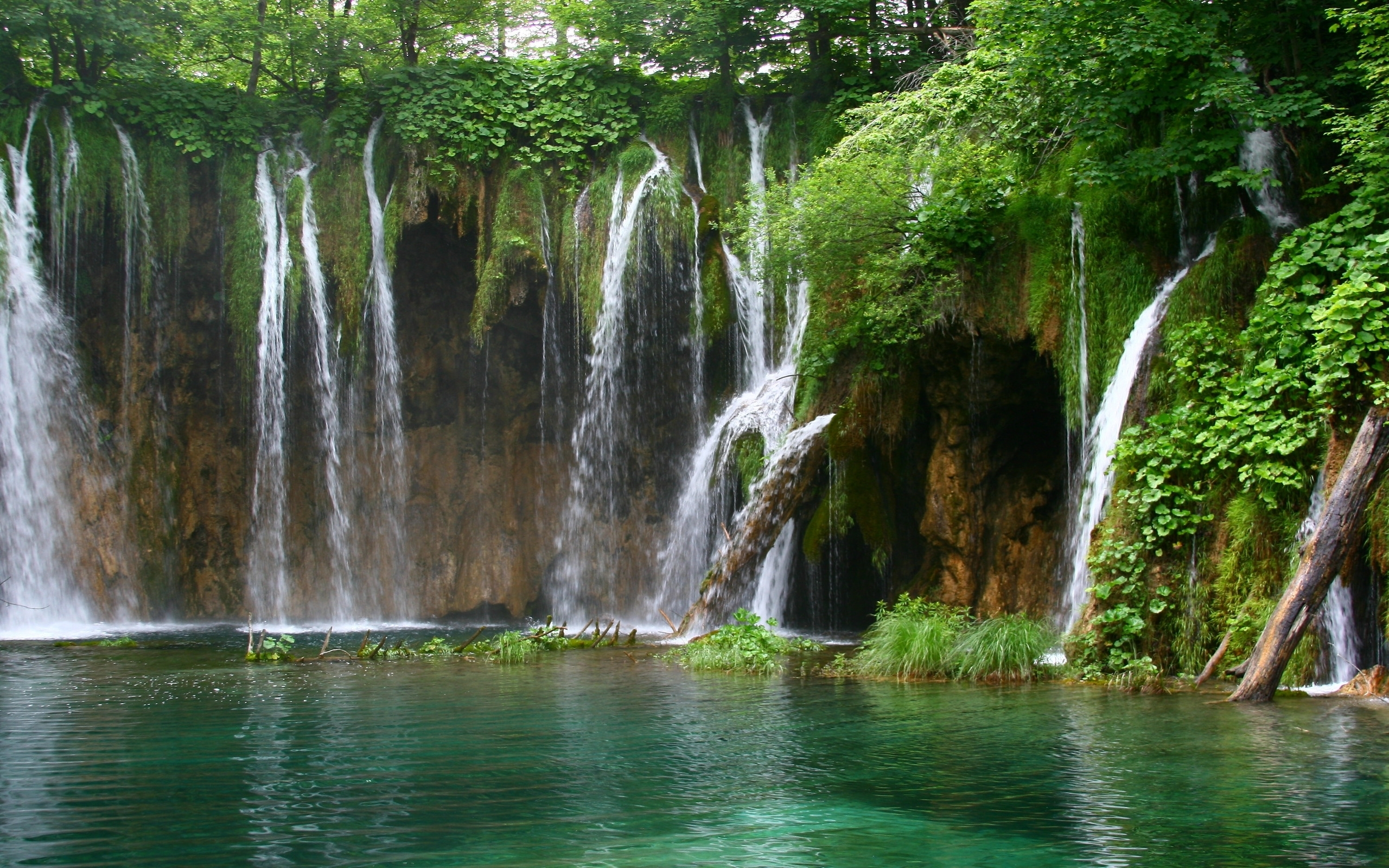 Handy-Wallpaper Landschaft, Natur, Wasserfälle kostenlos herunterladen.