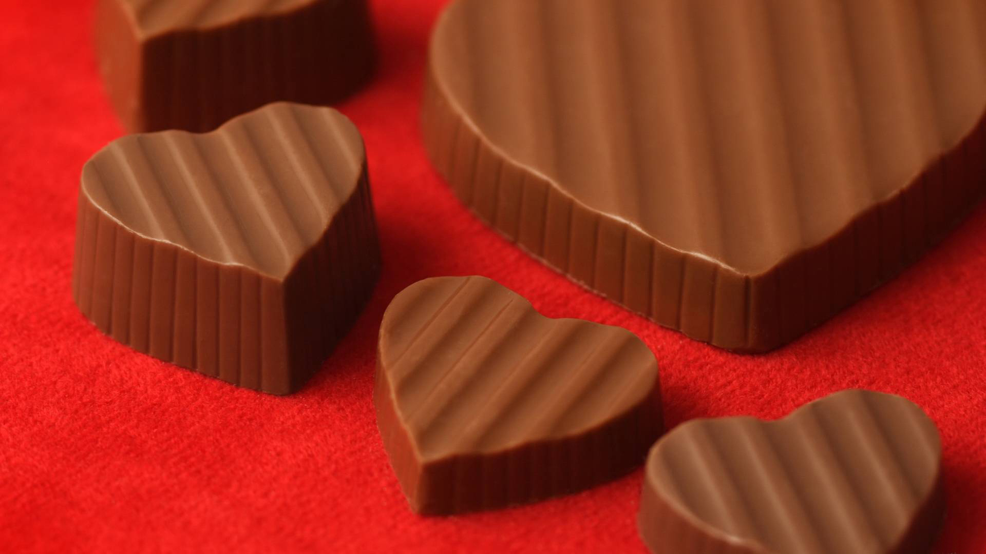 24747 download wallpaper Holidays, Food, Hearts, Chocolate, Valentine's Day screensavers and pictures for free