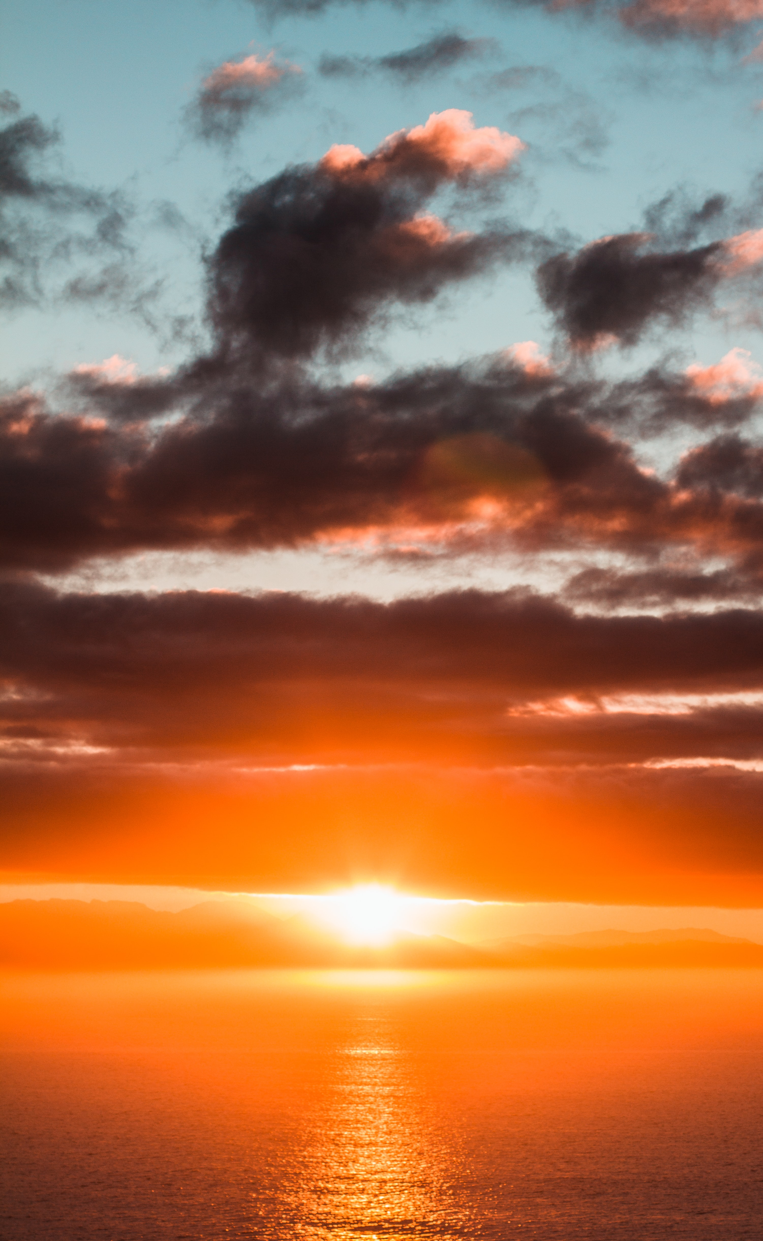 138074 download wallpaper Nature, Sea, Sunset, Glare, Sun screensavers and pictures for free