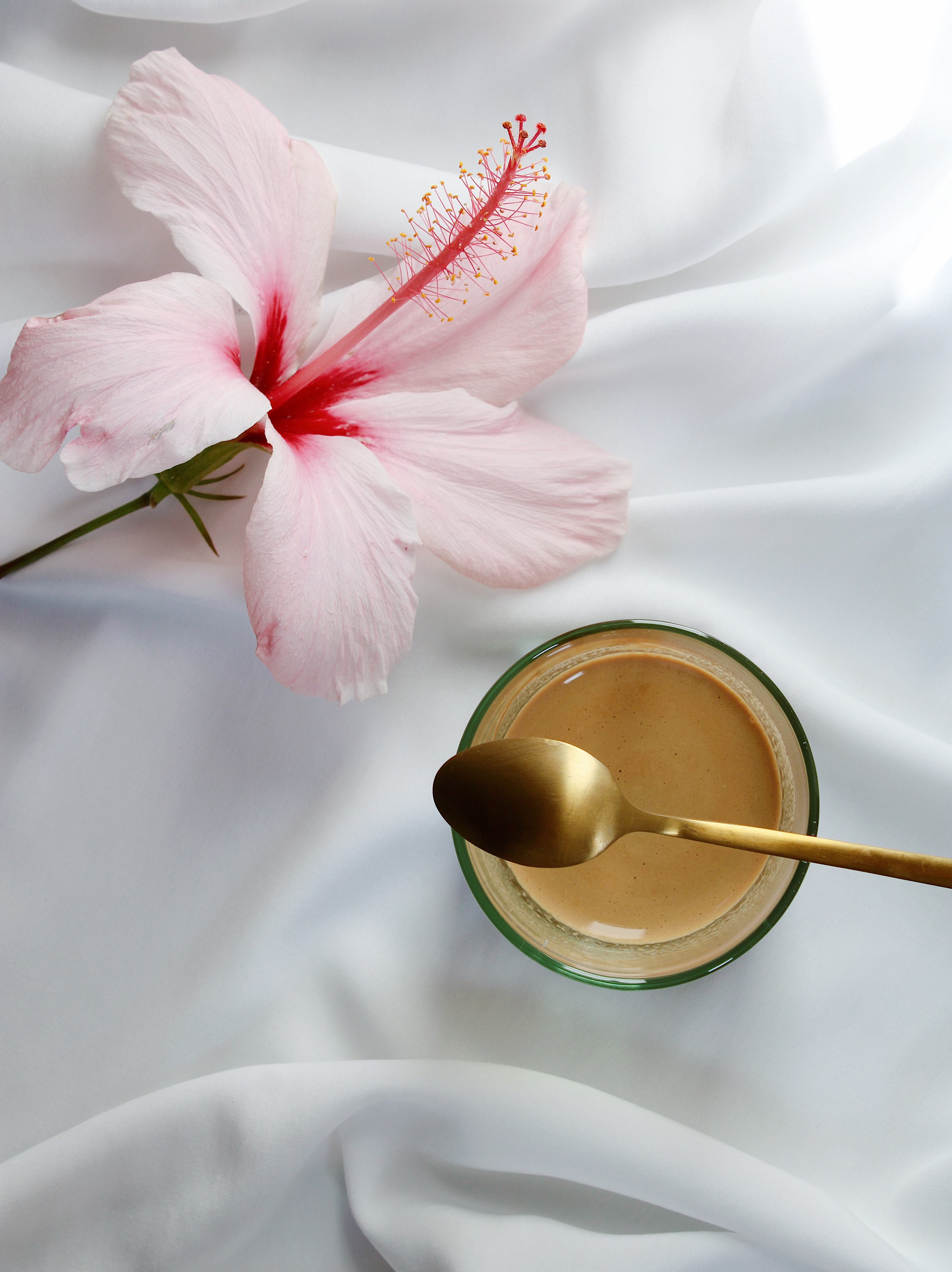 120242 download wallpaper Food, Coffee, Flower, Cup, Cloth, Spoon screensavers and pictures for free