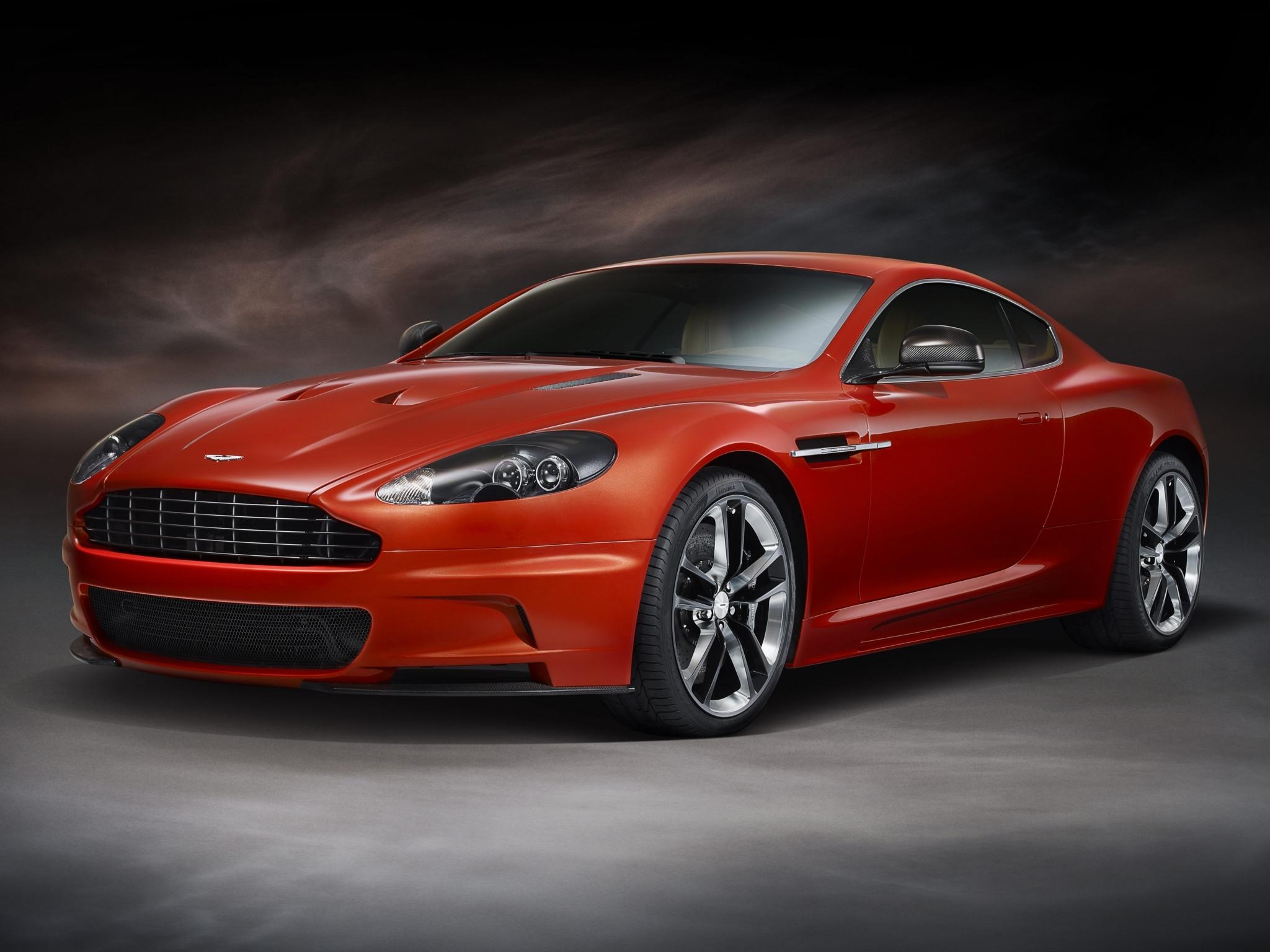 92951 скачать обои Тачки (Cars), Aston Martin Dbs, 2011, Красный, Вид Сбоку, Спорт, Астон Мартин (Aston Martin), Машины - заставки и картинки бесплатно
