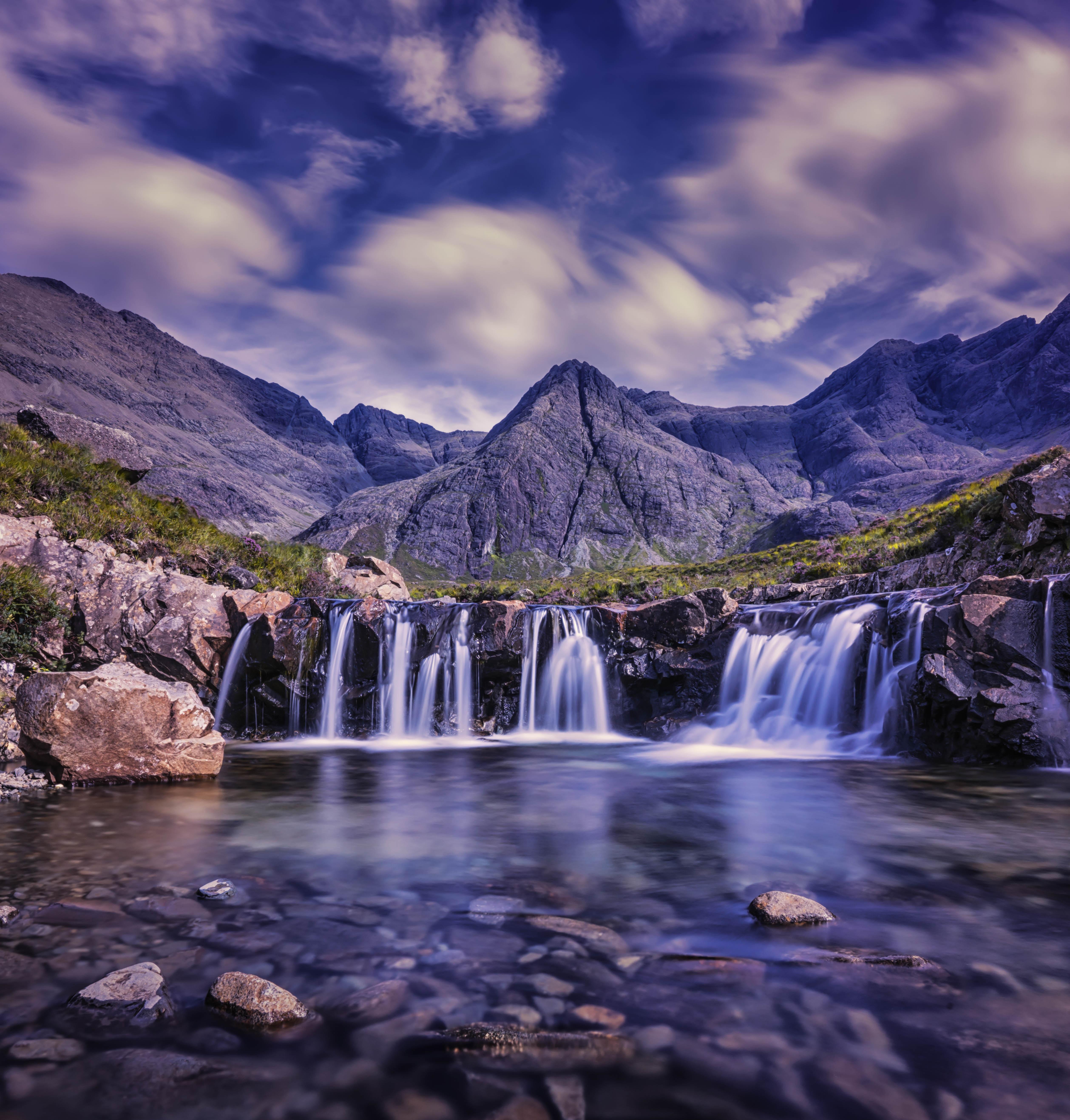 154471 fond d'écran 720x1280 sur votre téléphone gratuitement, téléchargez des images Nature, Noyaux, Cascade, Grande Bretagne, Royaume-Uni, Ciel, Skye 720x1280 sur votre mobile