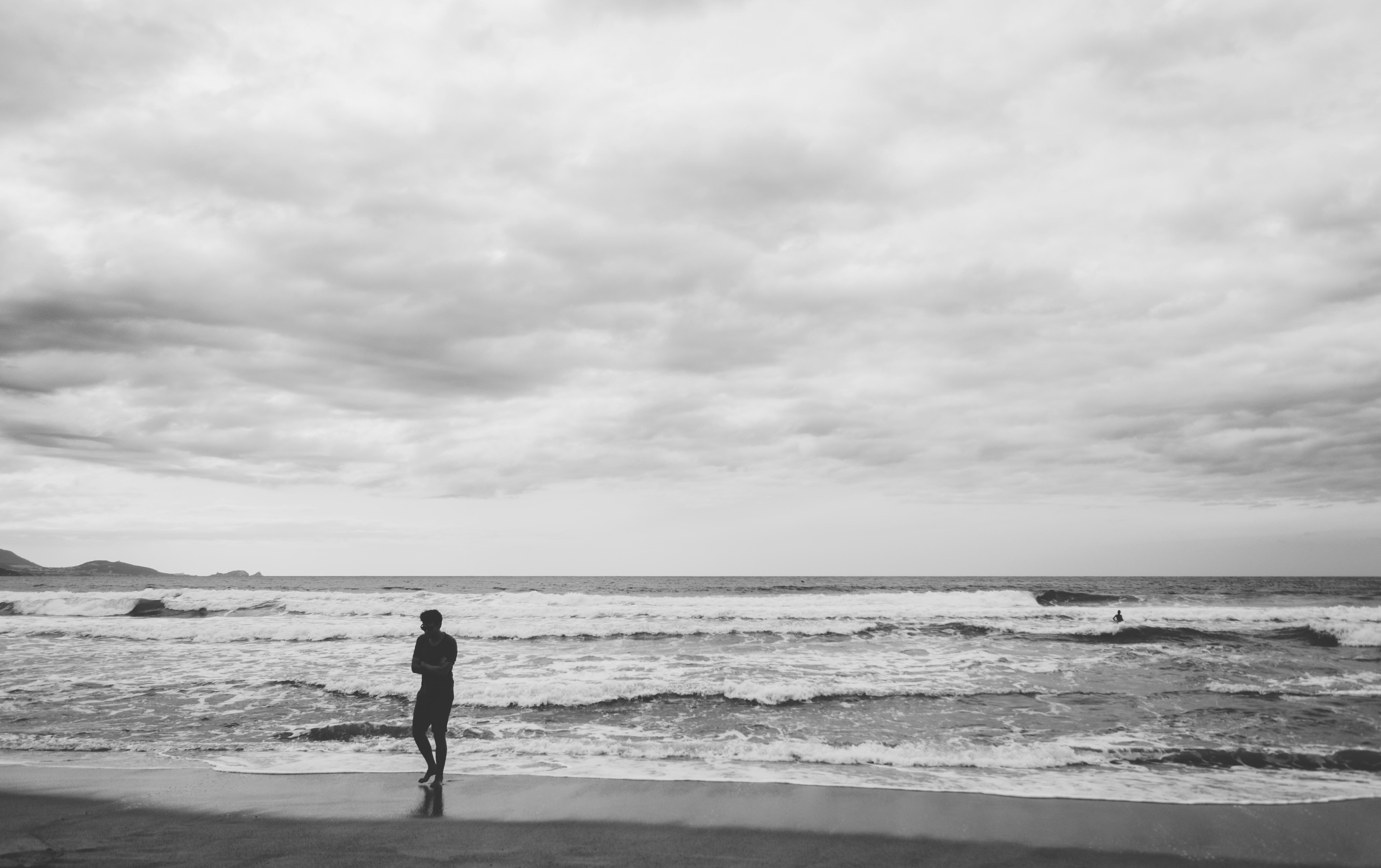 110236壁紙のダウンロード自然, 海, 孤独, 寂しさ, Bw, Chb, サーフ, コルシカ島, フランス, 波-スクリーンセーバーと写真を無料で