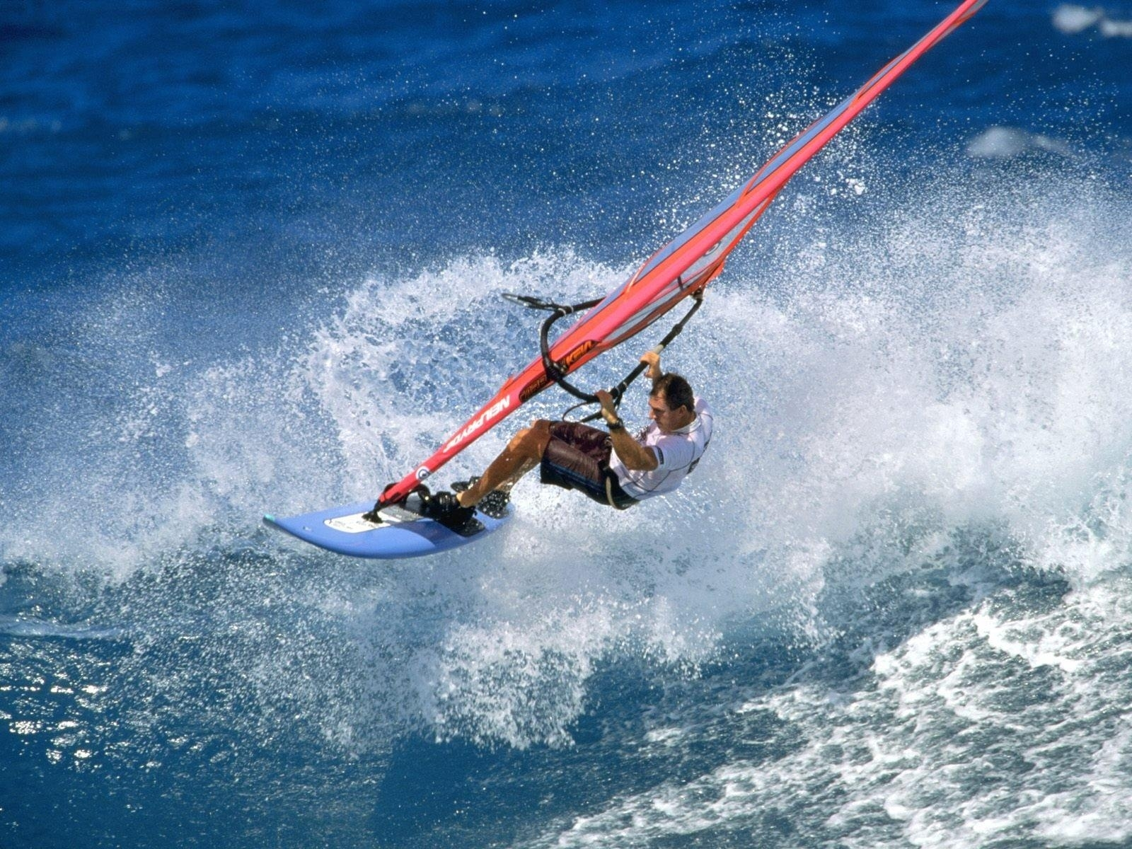 9247 download wallpaper Sports, Water, Sea, Men, Windsurfing screensavers and pictures for free