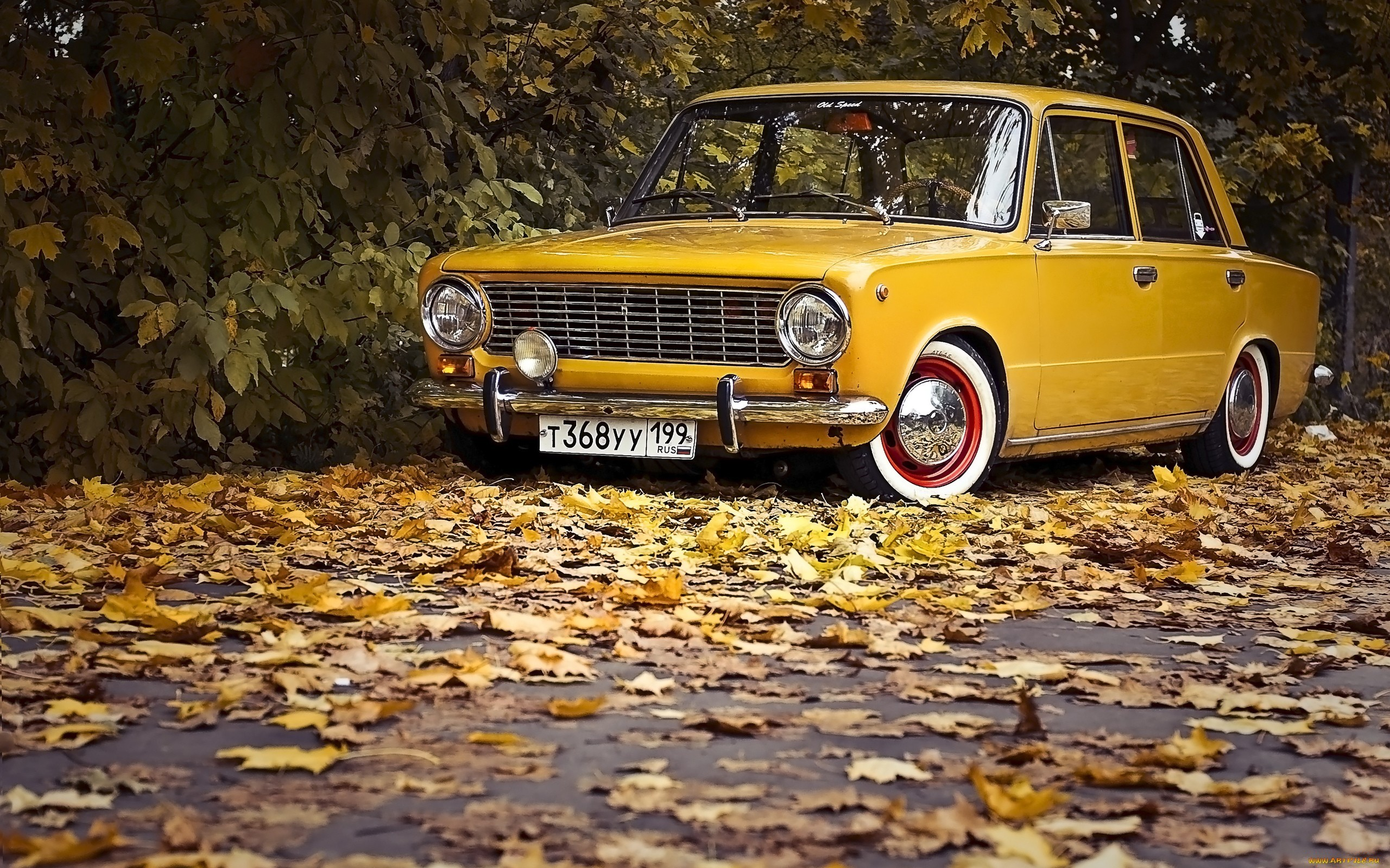 22679 скачать обои Транспорт, Машины, Дороги, Осень, Листья, Лада (Lada) - заставки и картинки бесплатно