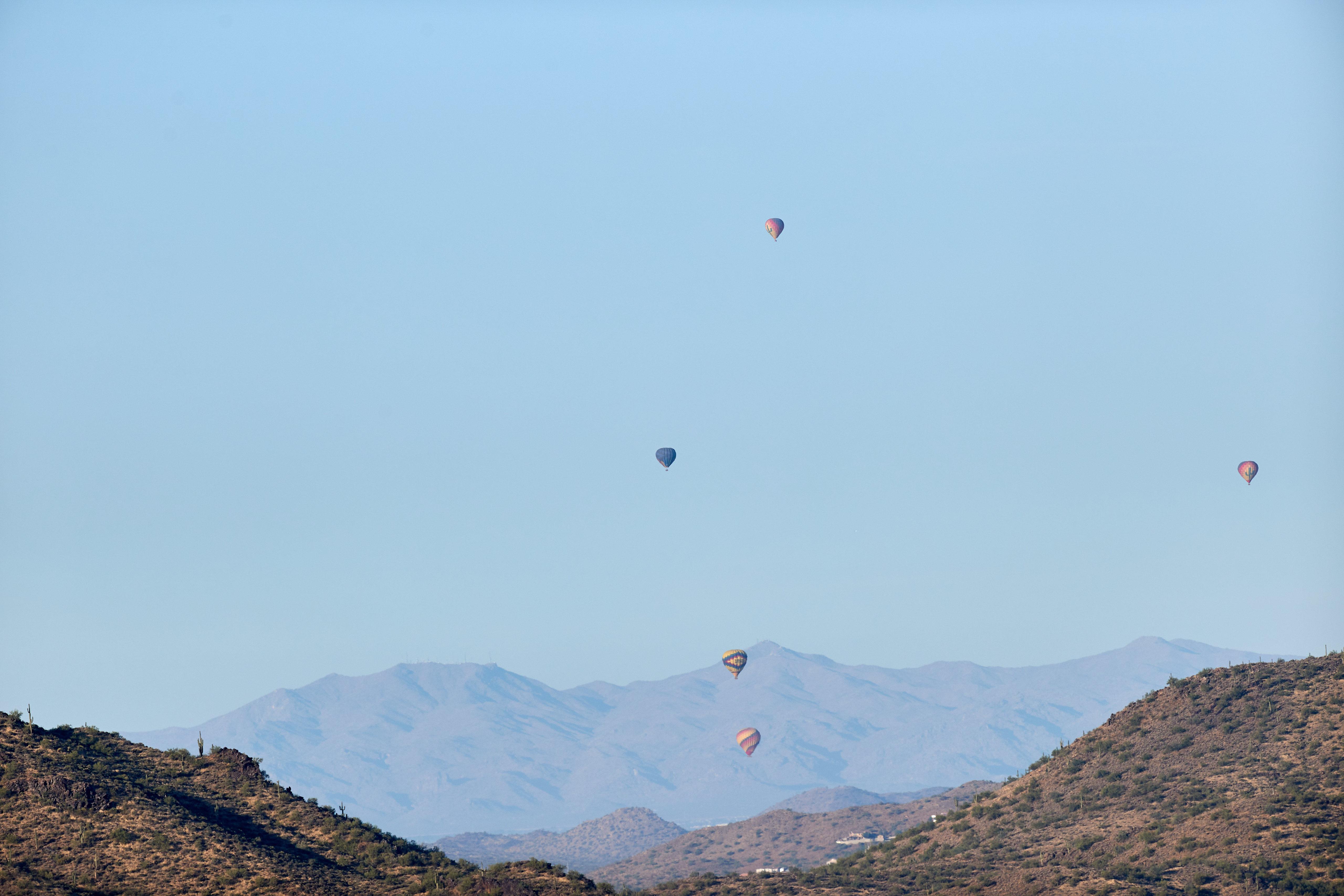 86163 скачать обои Природа, Скалы, Полет, Небо, Горы, Воздушные Шары - заставки и картинки бесплатно