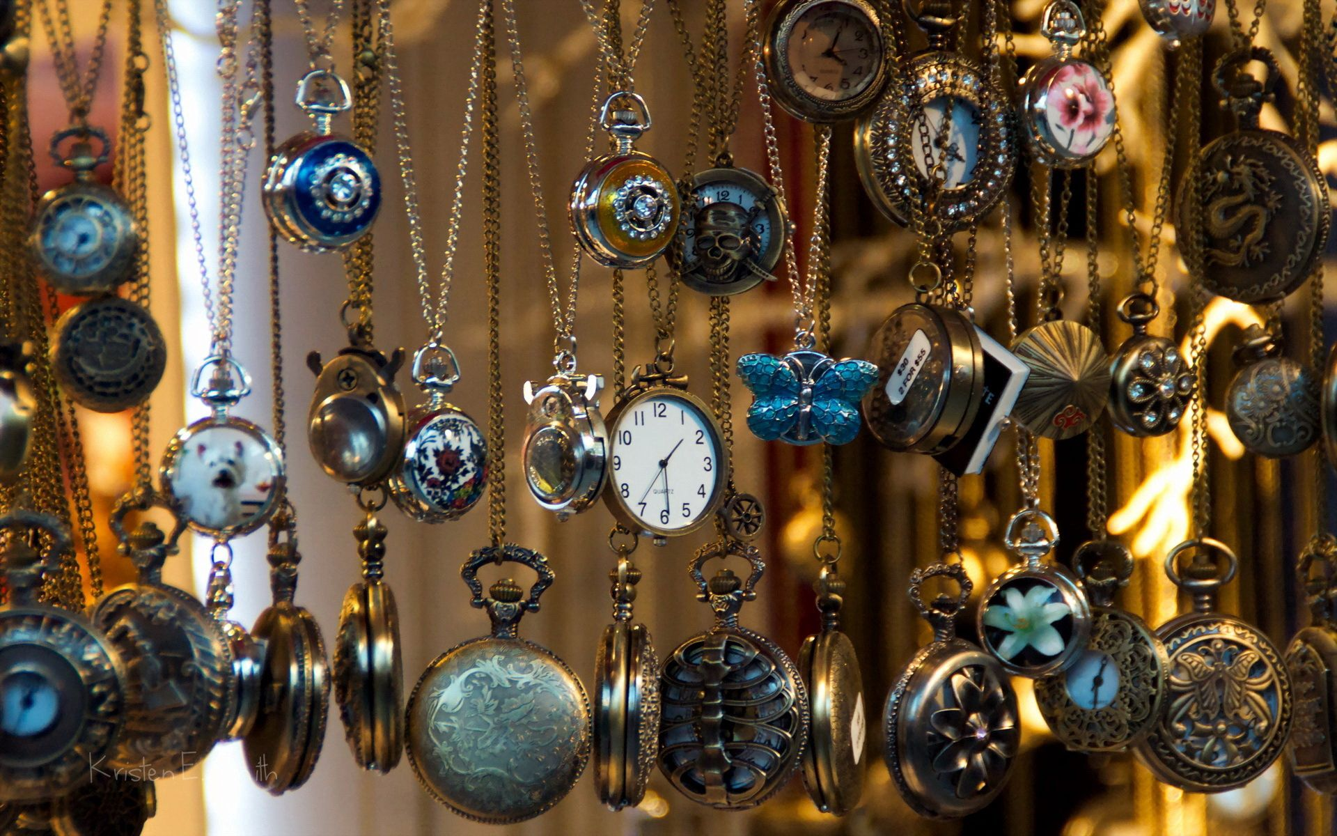 67414 download wallpaper Miscellanea, Miscellaneous, Time, It's Time, Background, Clock screensavers and pictures for free