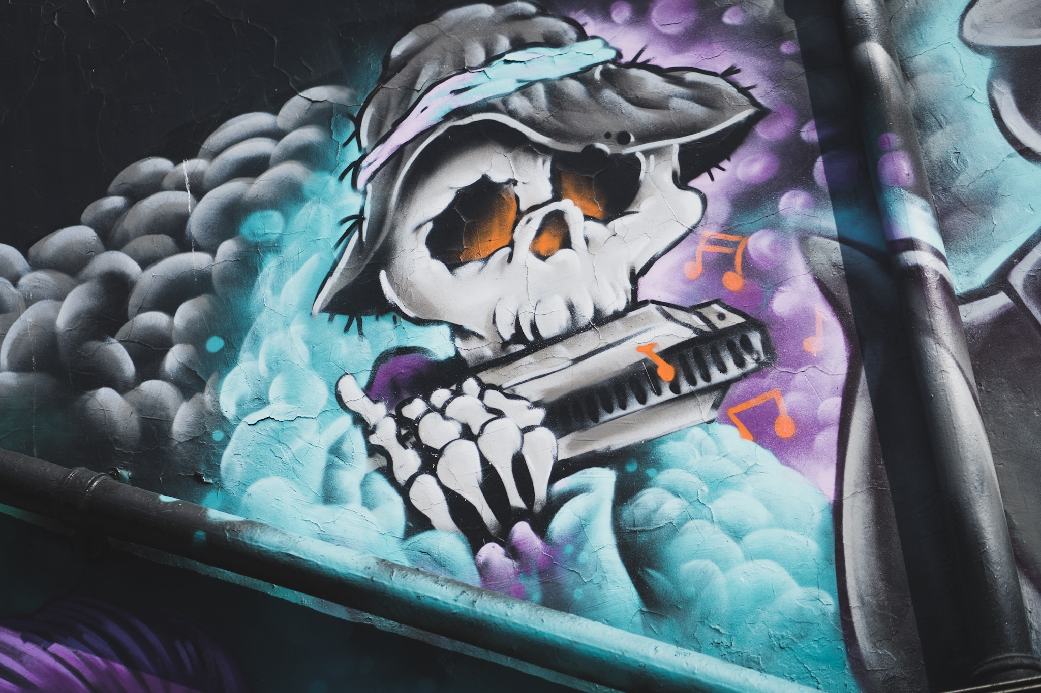 53693 fond d'écran 320x480 sur votre téléphone gratuitement, téléchargez des images Squelette, Musique, Art, Graffiti, Chapeau 320x480 sur votre mobile