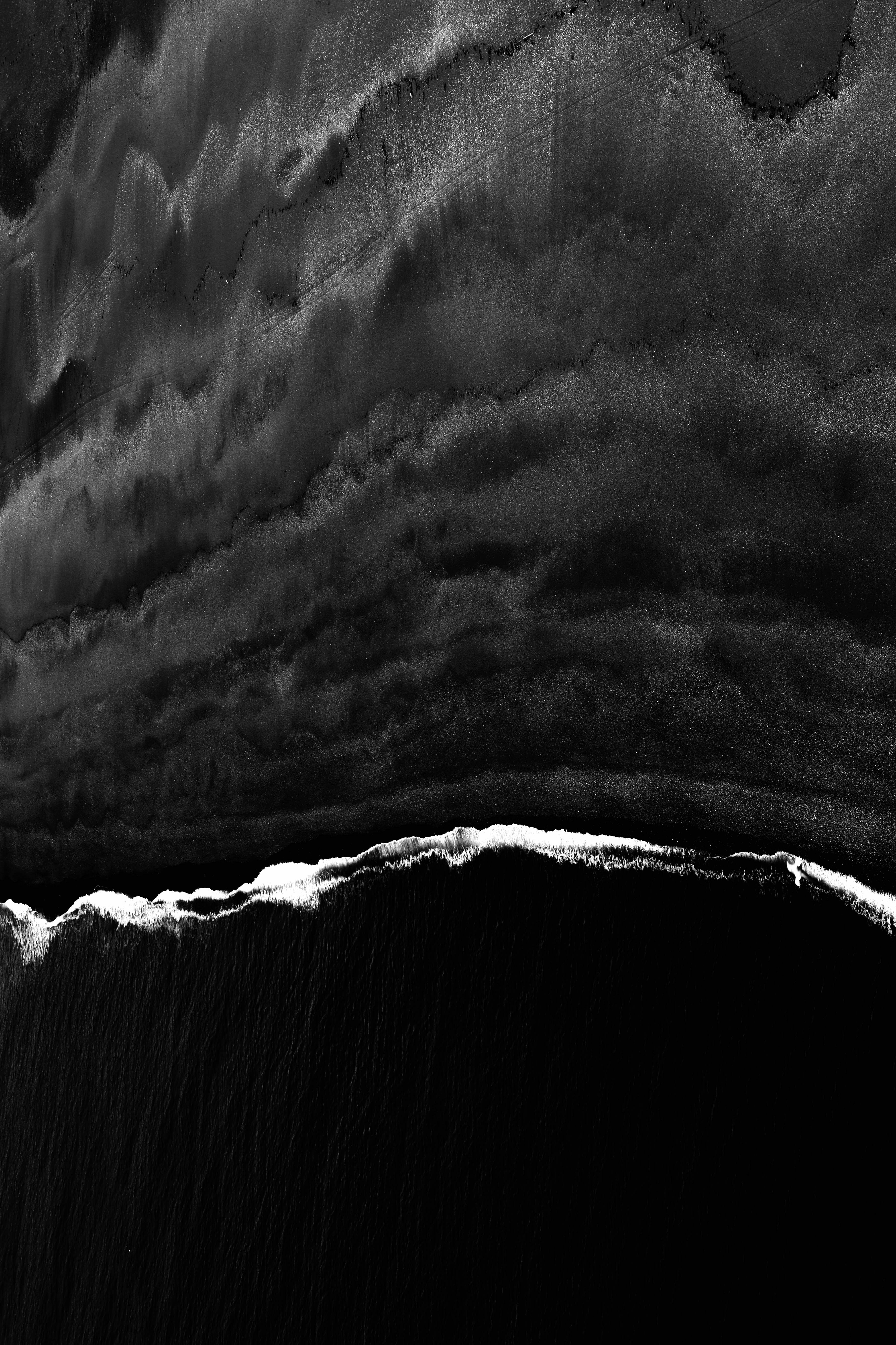 92599 download wallpaper Lines, Bw, Chb, Wavy, Relief, Dark screensavers and pictures for free