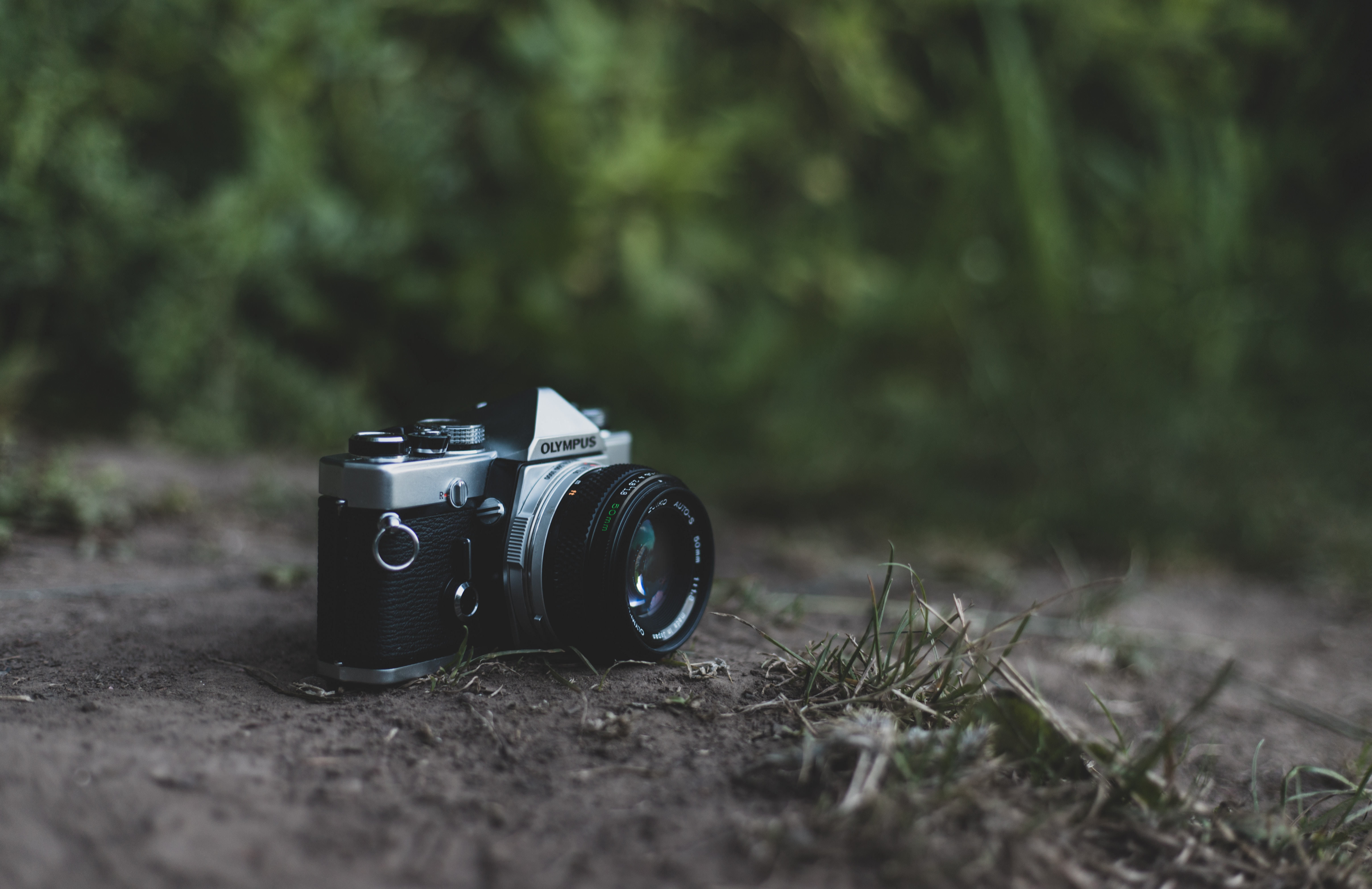 139435 Screensavers and Wallpapers Camera for phone. Download Technologies, Technology, Camera, Vintage, Retro, Lens, Blur, Smooth pictures for free