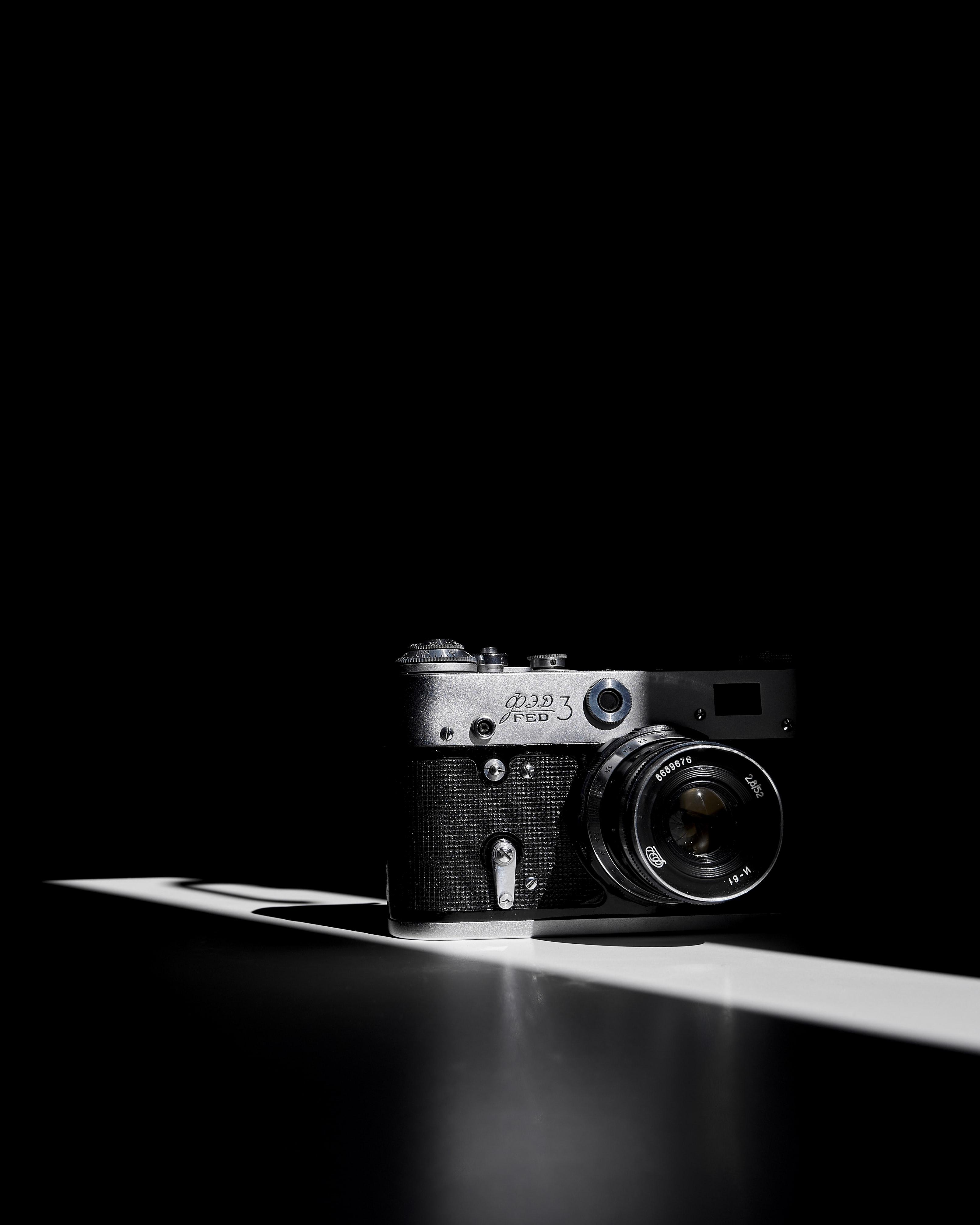 101910 Hintergrundbild herunterladen Vintage, Dunkel, Jahrgang, Retro, Technologien, Technologie, Kamera - Bildschirmschoner und Bilder kostenlos