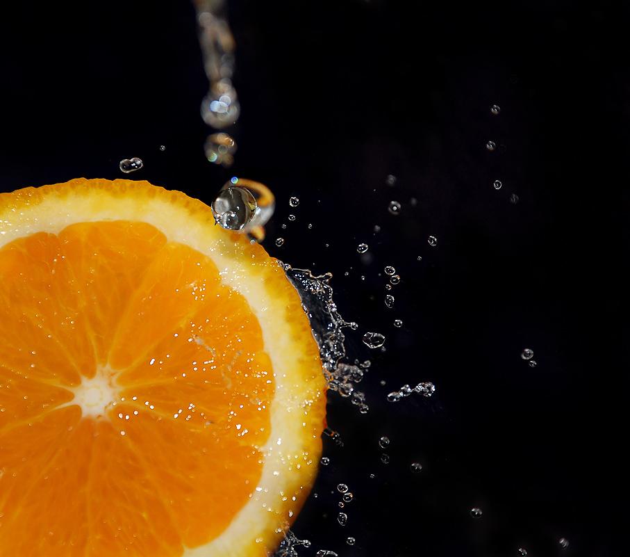 9308 скачать обои Фрукты, Еда, Апельсины, Капли - заставки и картинки бесплатно