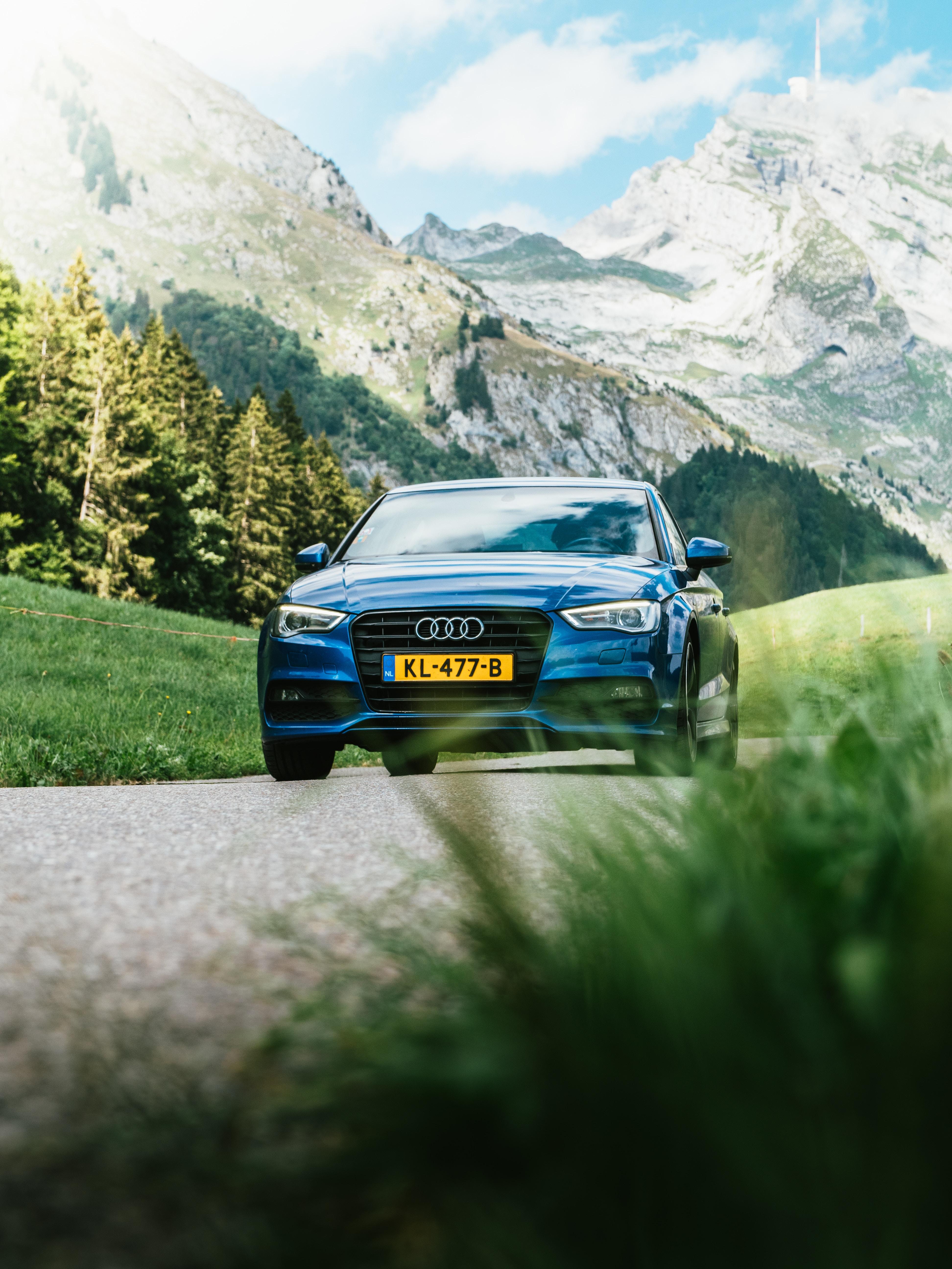 84730 Заставки и Обои Ауди (Audi) на телефон. Скачать Ауди (Audi), Тачки (Cars), Движение, Размытость, Audi Q7 картинки бесплатно