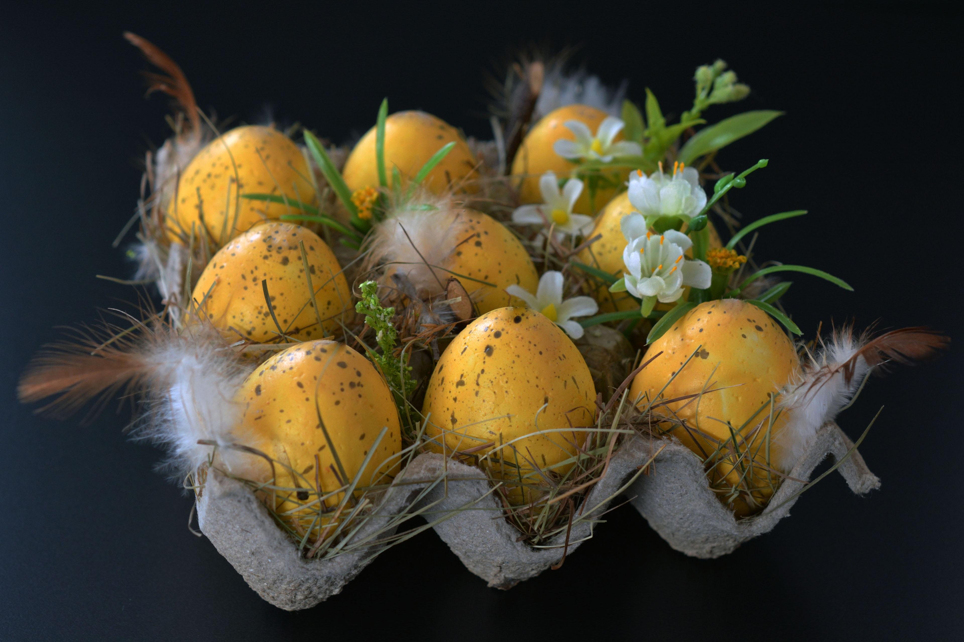 67252 descargar fondo de pantalla Vacaciones, Huevos De Pascua, Decoraciones, Flores, Pascua, Huevos, Pluma: protectores de pantalla e imágenes gratis