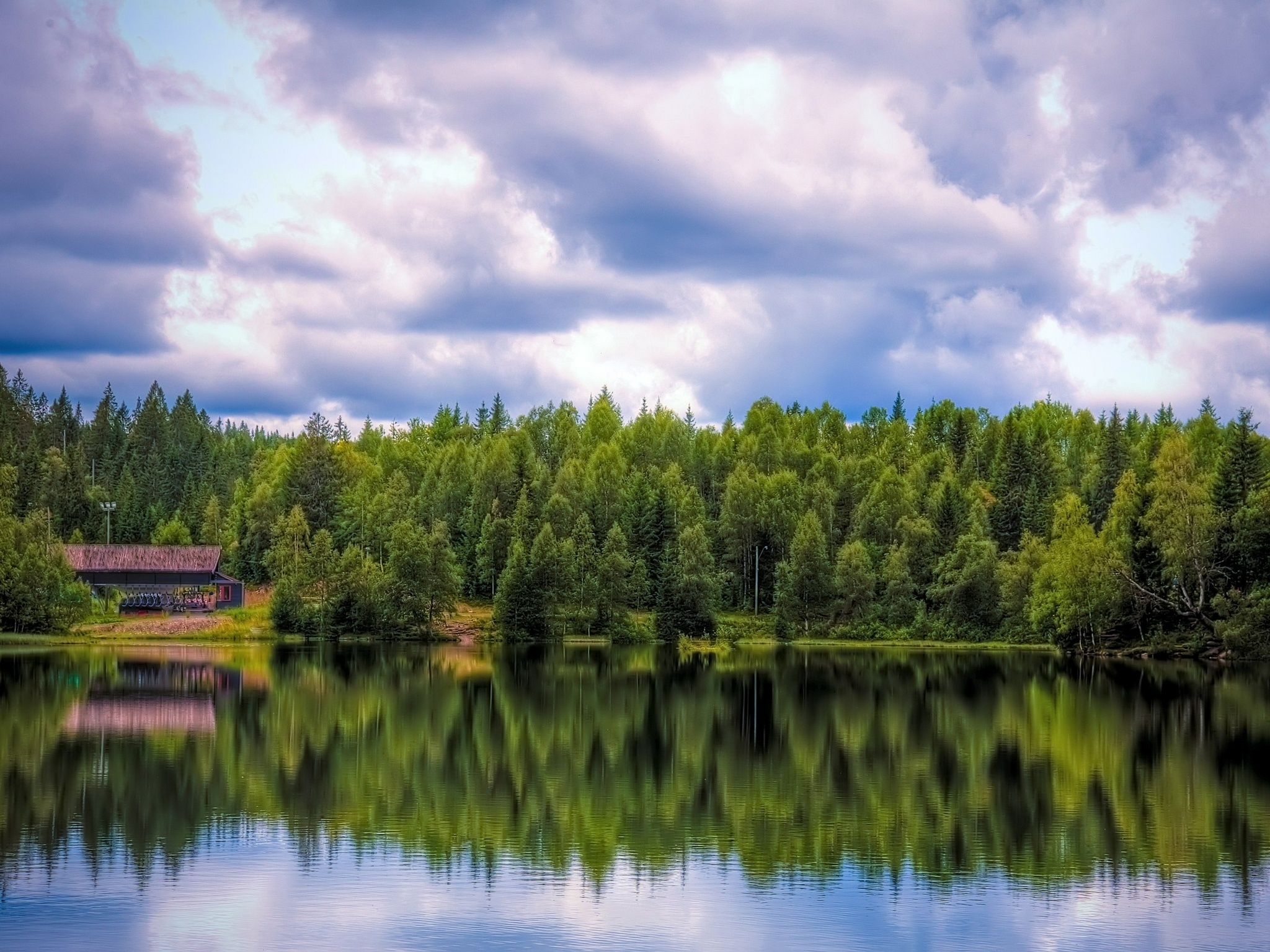 71875 Screensavers and Wallpapers Small House for phone. Download Nature, Water, Reflection, Forest, Small House, Lodge pictures for free