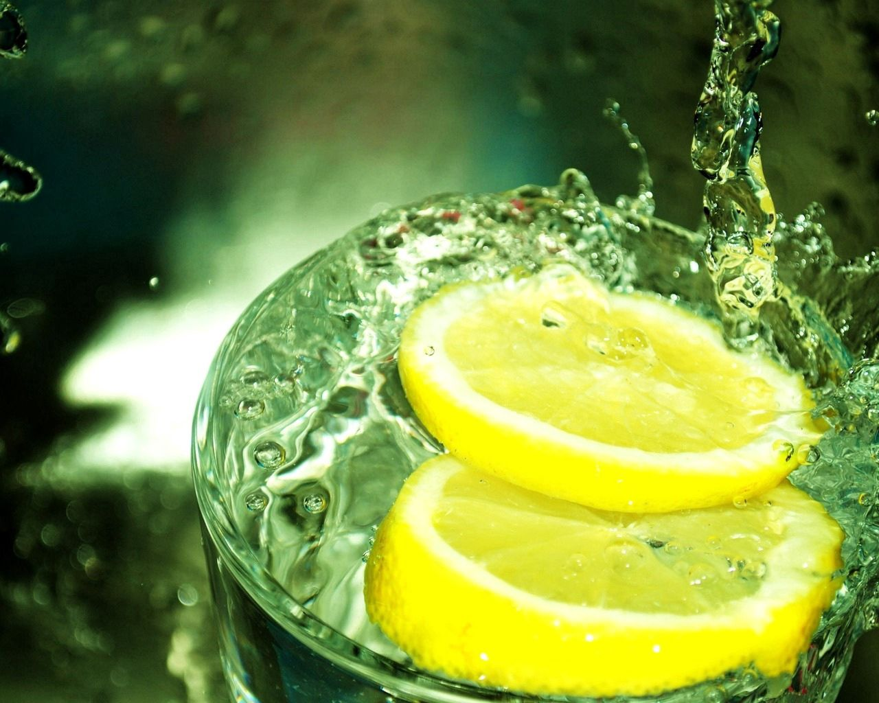 88438 download wallpaper Macro, Spray, Splash, Lemon, Lobules, Slices, Slice, Section screensavers and pictures for free