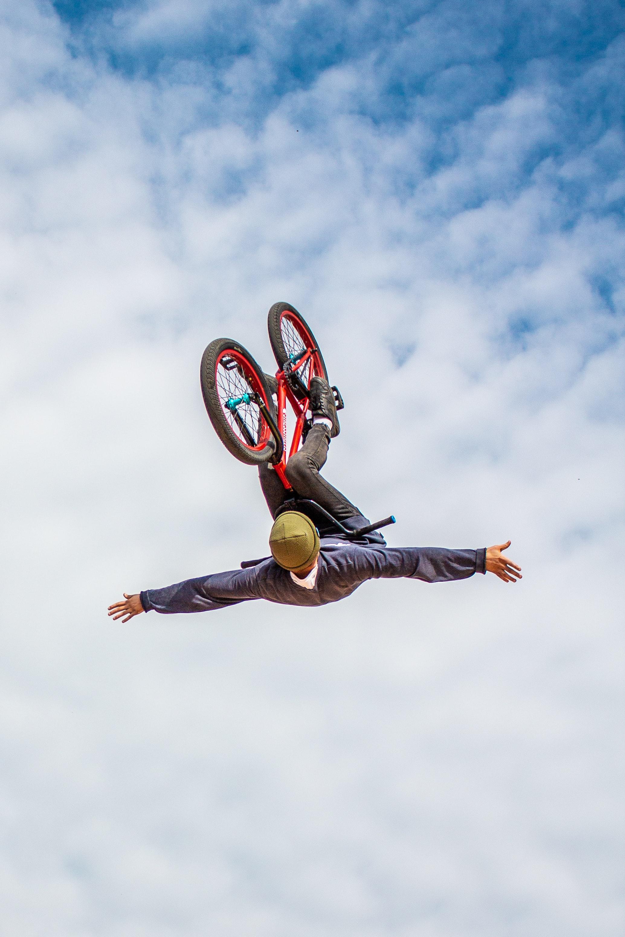 110425 скачать обои Человек, Велосипед, Бэкфлип, Прыжки, Спорт, Экстрим - заставки и картинки бесплатно