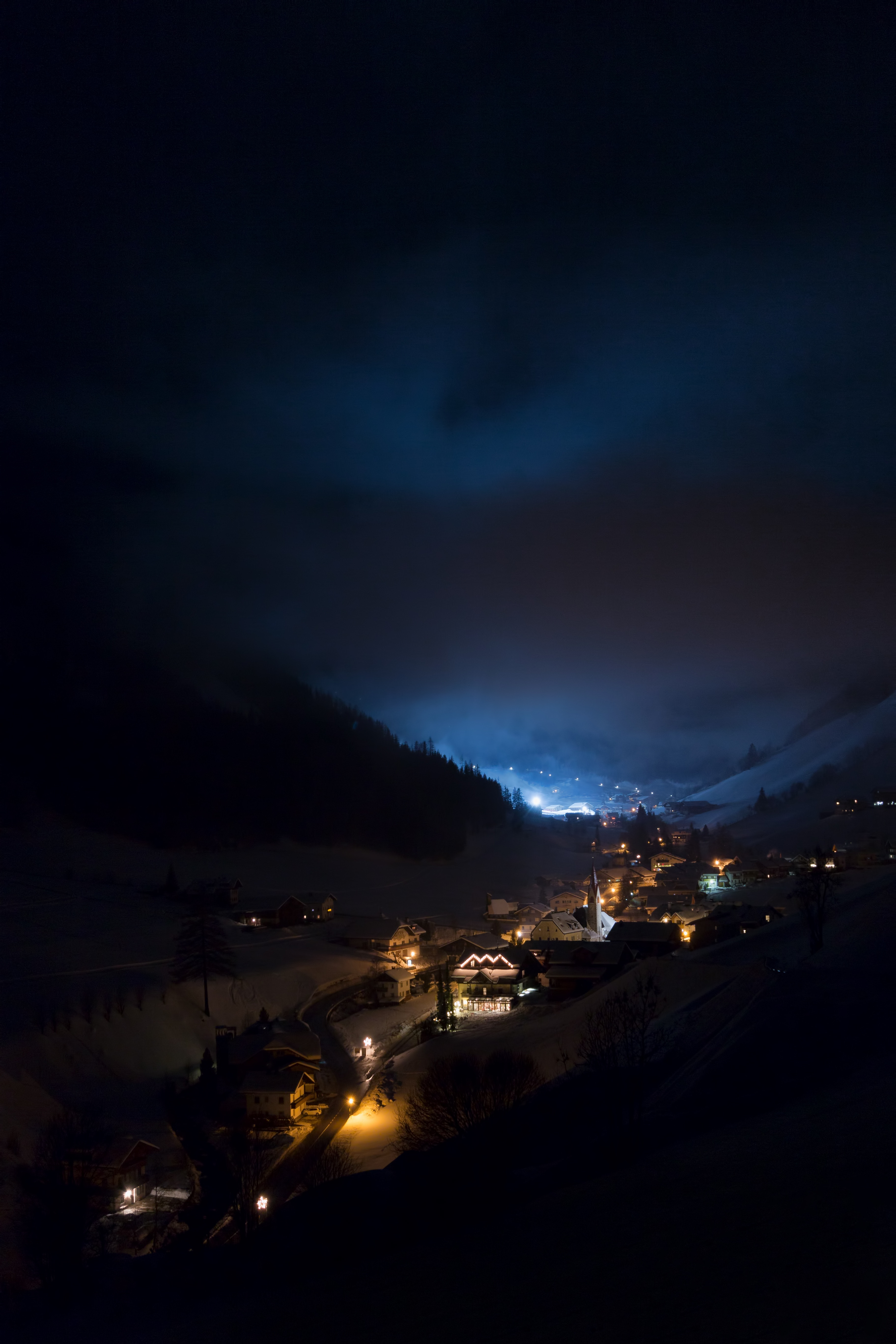 155965 download wallpaper Nature, Night, Buildings, Shine, Light, Mountains screensavers and pictures for free