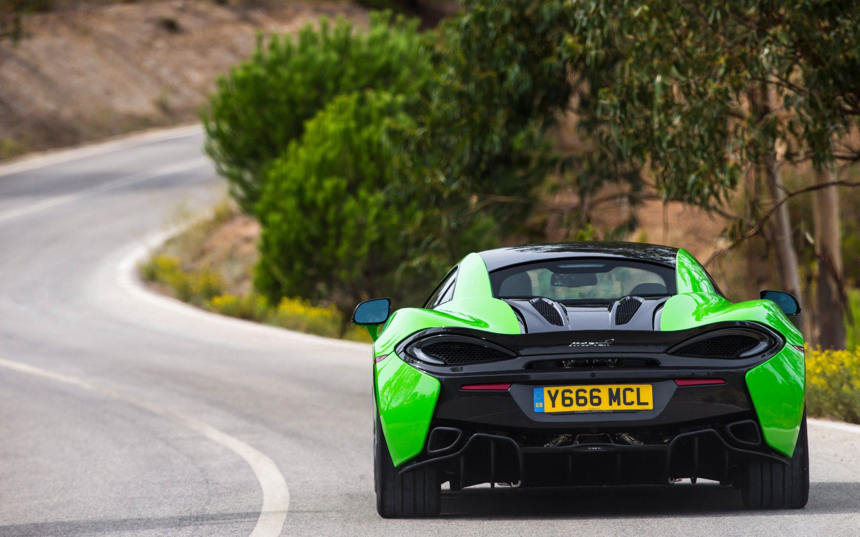 112178 download wallpaper Mclaren, Cars, Back View, Rear View, 570S screensavers and pictures for free