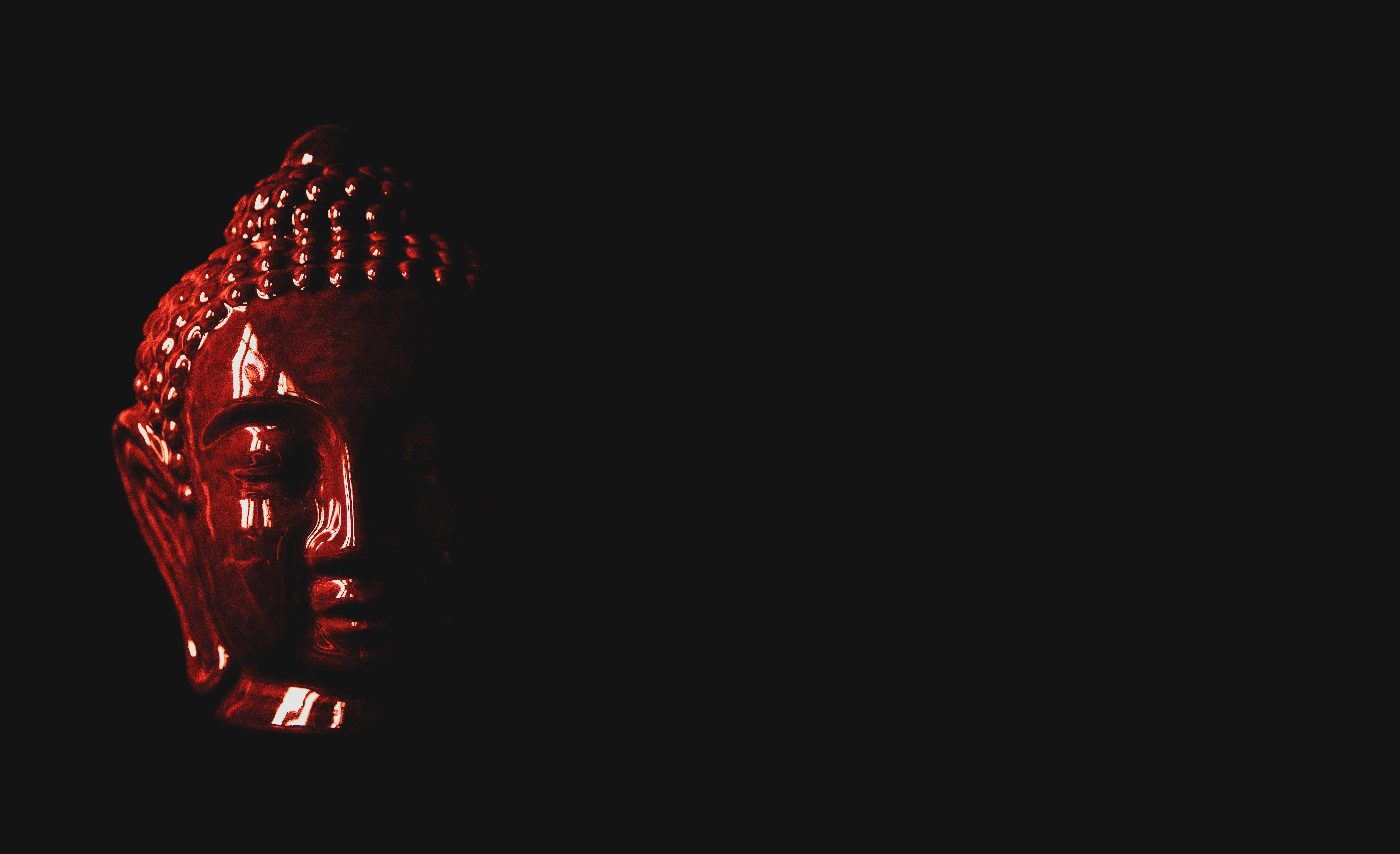 110534 скачать обои Черный, Будда, Темные, Красный, Темный, Статуэтка, Голова - заставки и картинки бесплатно