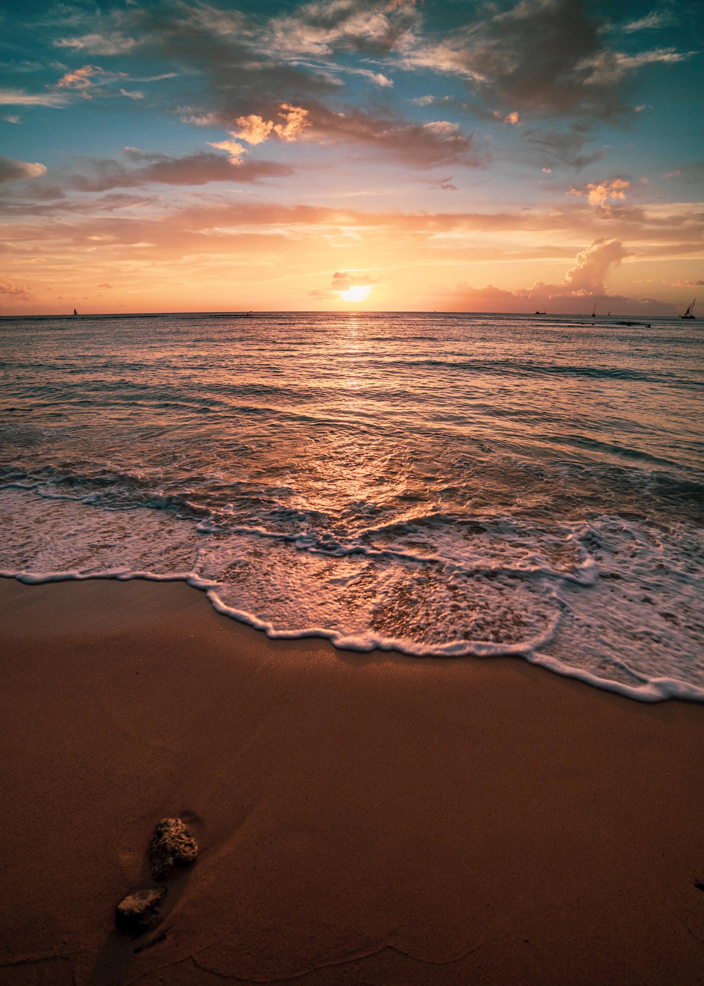 139623 Заставки и Обои Пляж на телефон. Скачать Природа, Закат, Море, Пляж, Вода, Сумерки, Волны картинки бесплатно