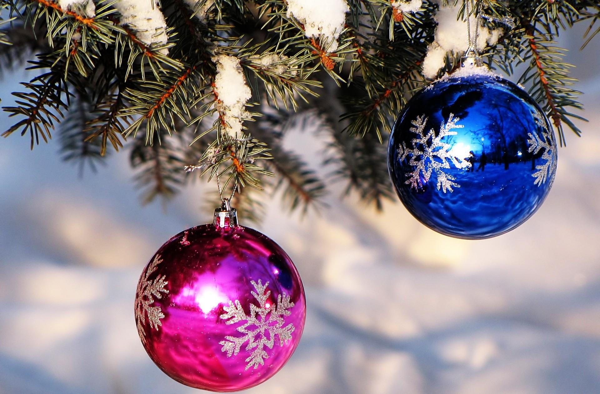 148154 Screensavers and Wallpapers Balls for phone. Download Holidays, Pink, Snow, Spruce, Fir, Christmas Decorations, Christmas Tree Toys, Balls pictures for free