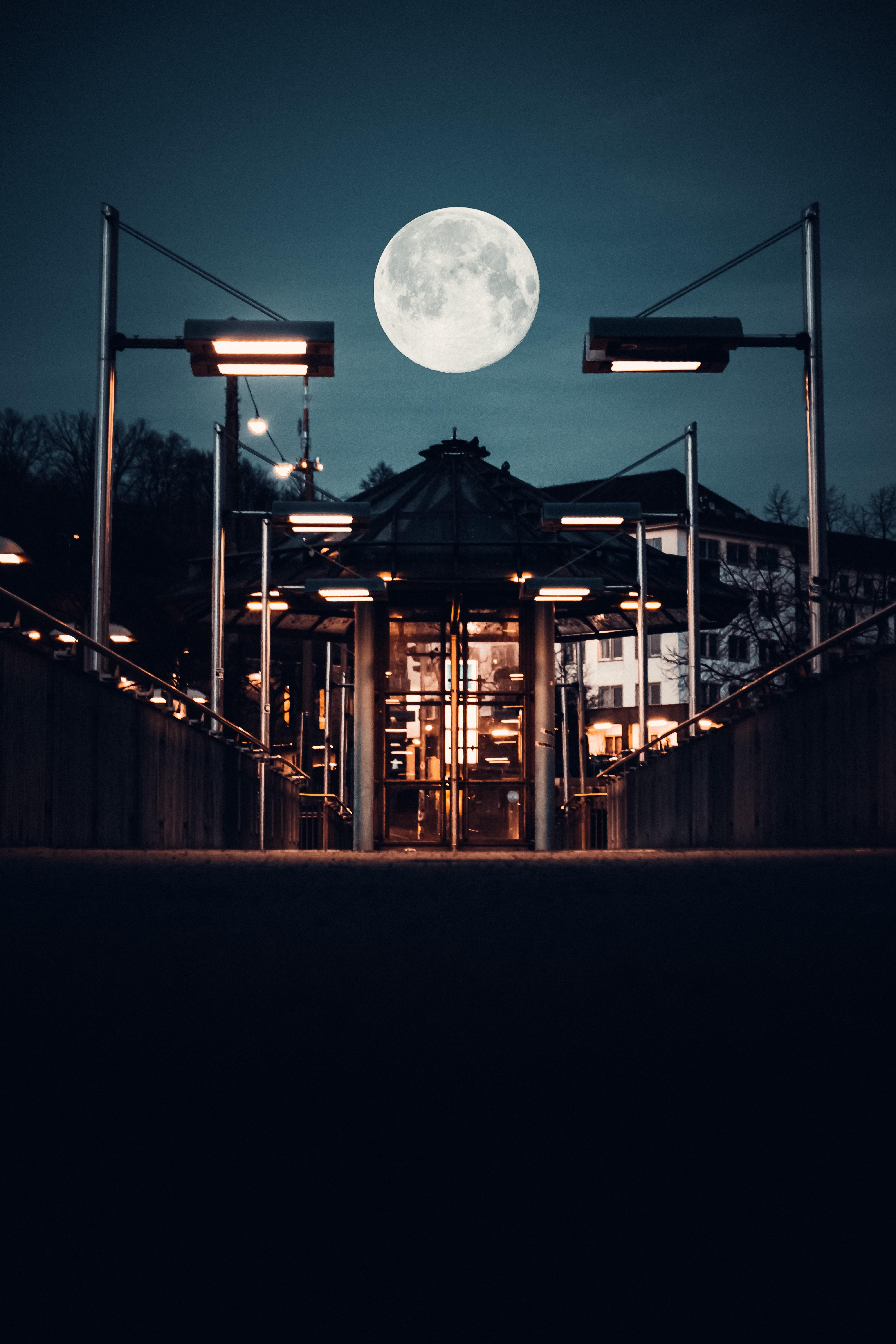 113981 免費下載壁紙 黑暗的, 黑暗, 建造, 建筑, 灯笼, 月球, 夜 屏保和圖片