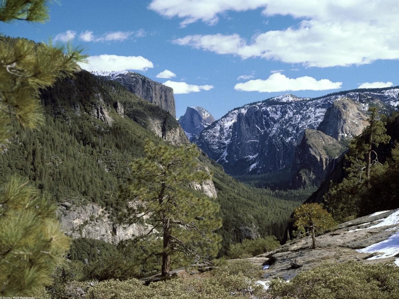 23832 скачать обои Пейзаж, Деревья, Горы, Облака - заставки и картинки бесплатно