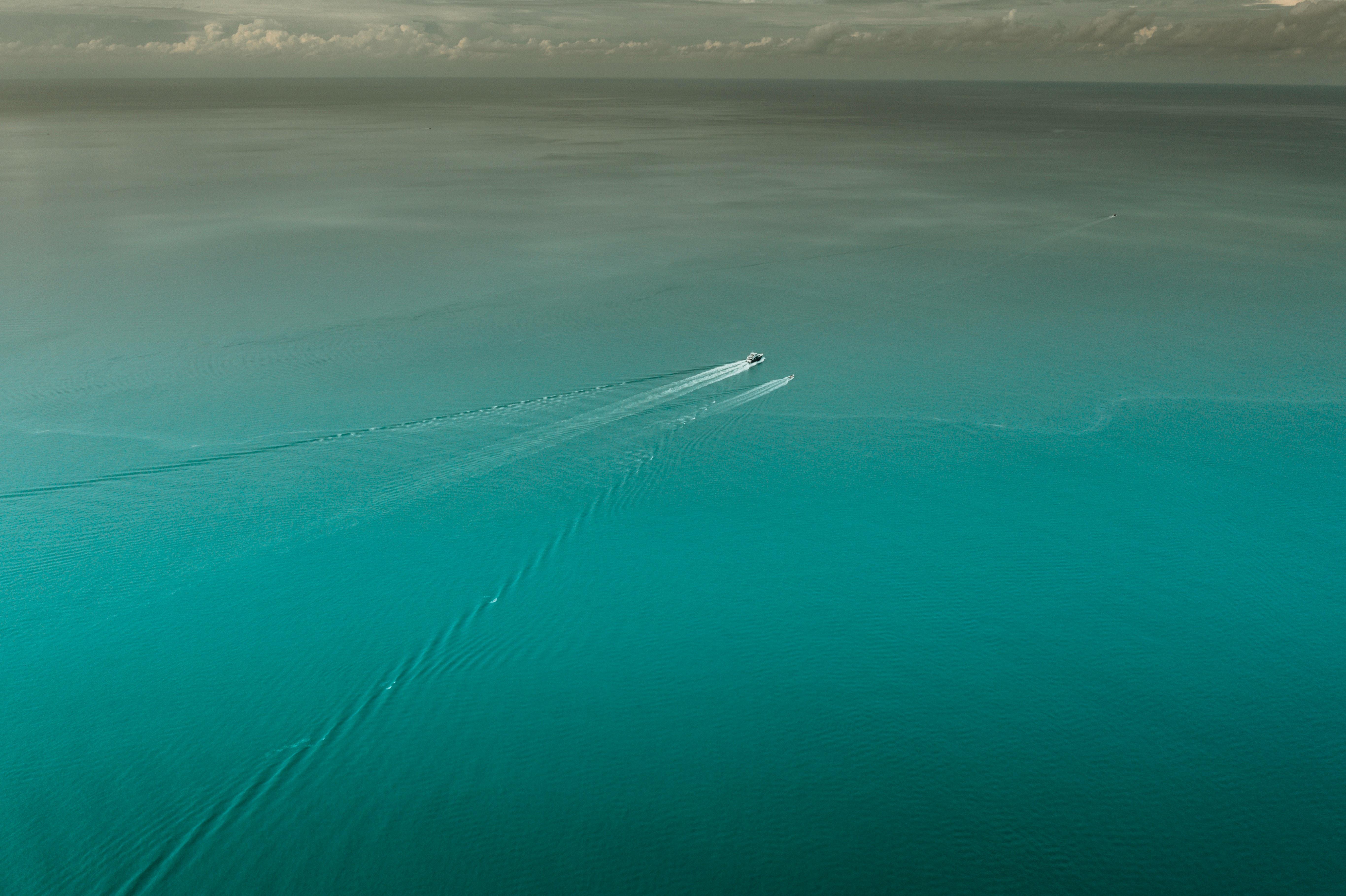 121864 Заставки и Обои Лодки на телефон. Скачать Природа, Море, Лодки, Вид Сверху, Вода, Голубой, Спокойный картинки бесплатно