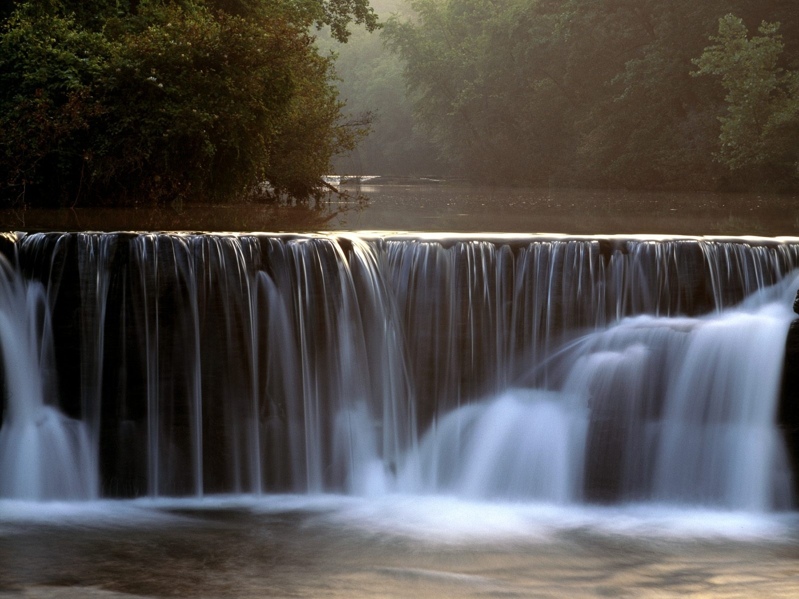 1221 download wallpaper Landscape, Water, Waterfalls screensavers and pictures for free