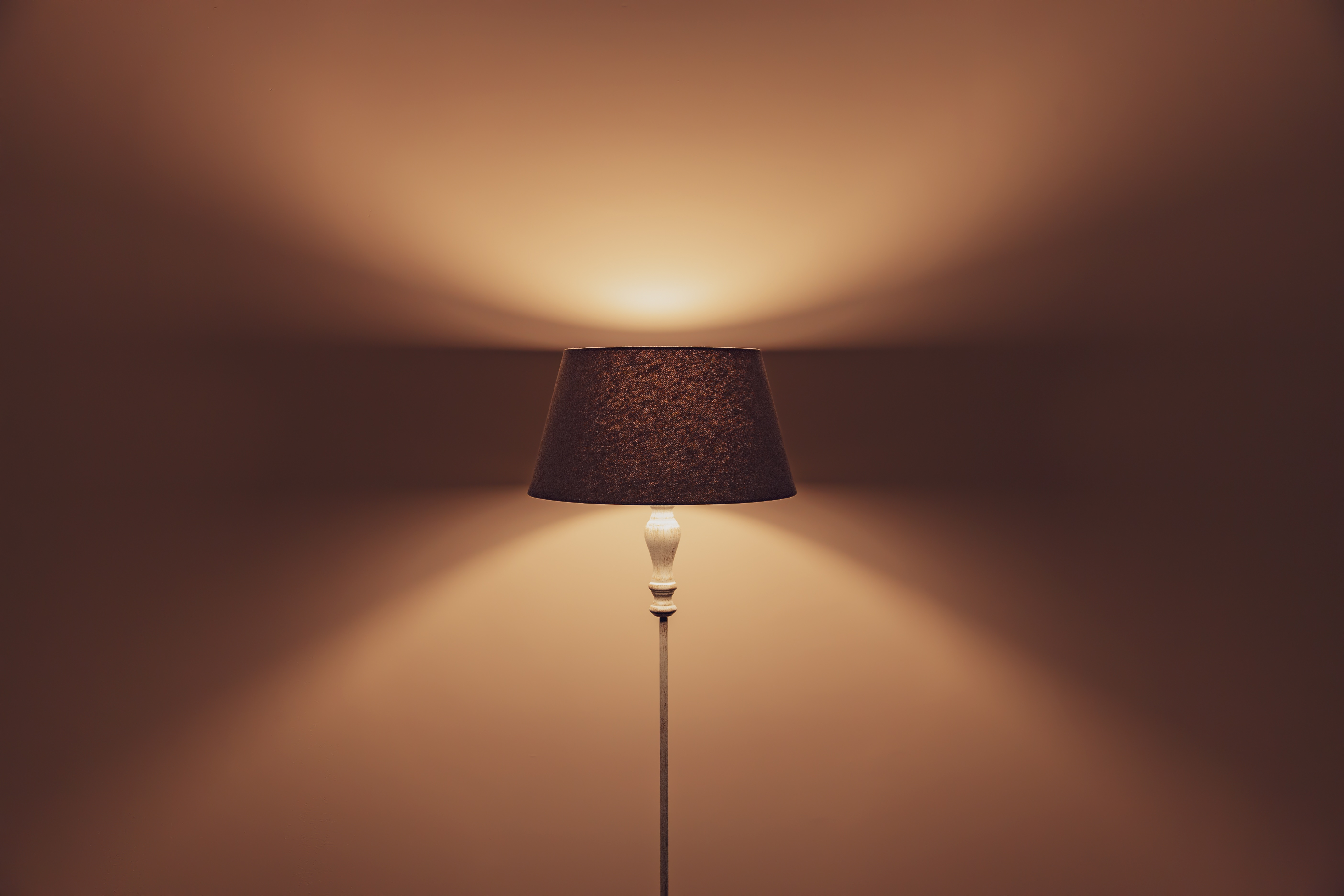 142789 download wallpaper Interior, Minimalism, Shadow, Lamp, Illumination, Lighting, Floor Lamp, Shade, Lampshade screensavers and pictures for free