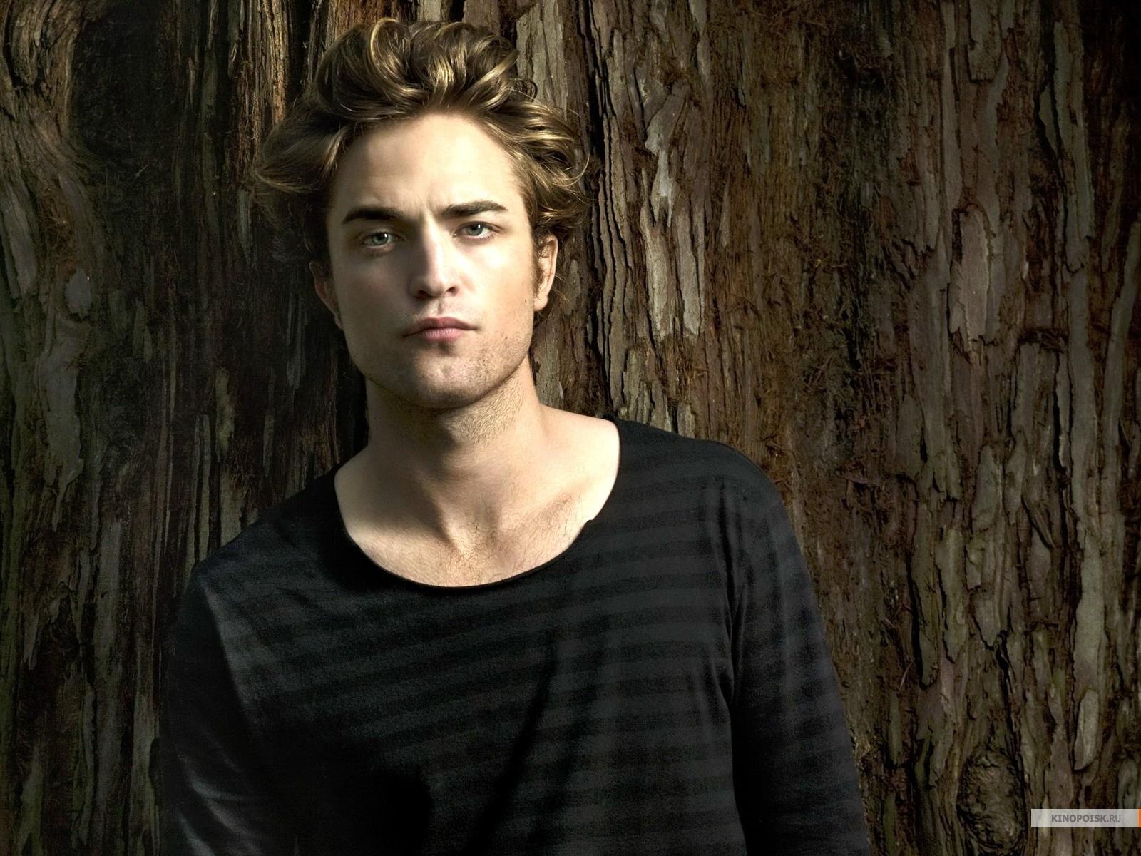 Download mobile wallpaper Twilight, Robert Pattinson, People, Cinema, Men, Actors for free.